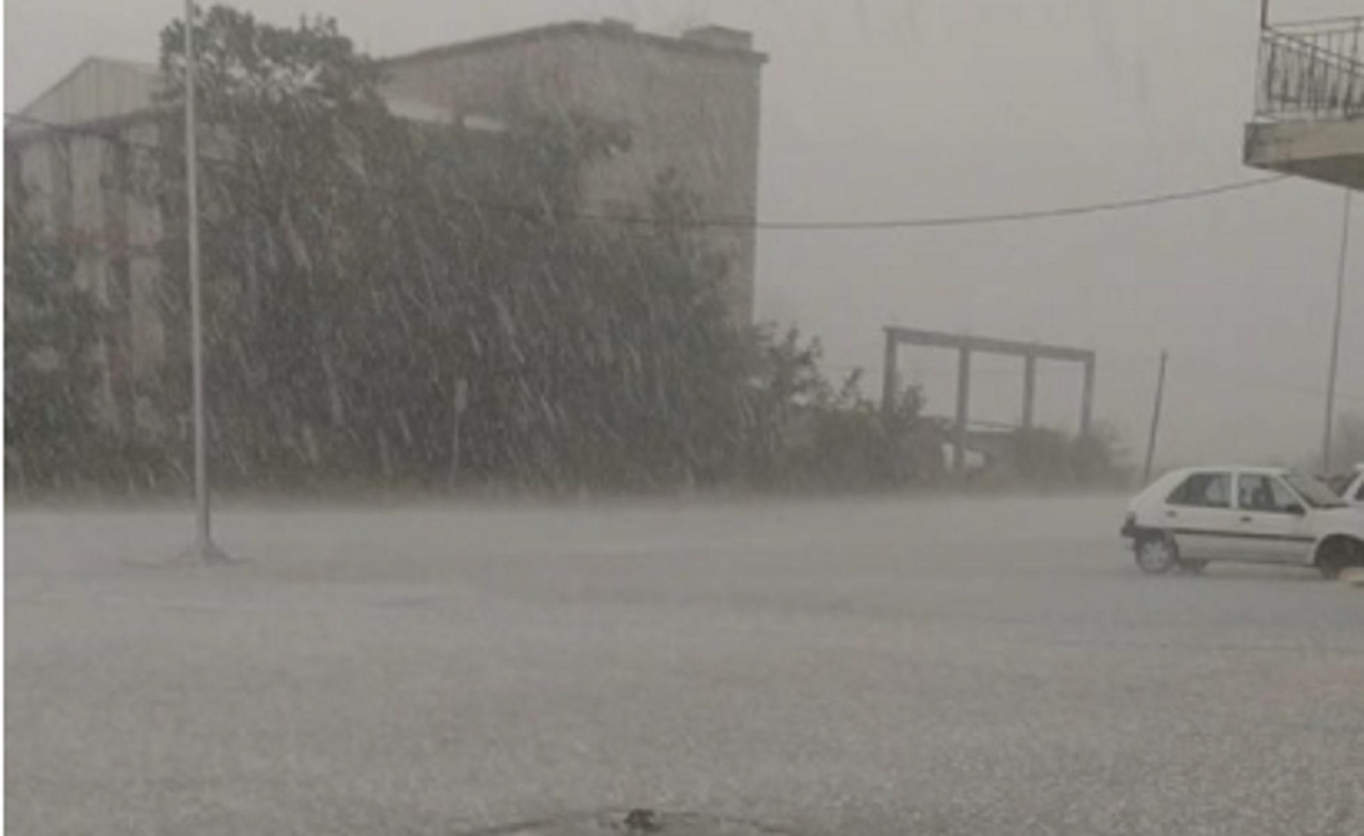 Καιρός – Ιωάννινα: Ισχυρό μπουρίνι και χαλάζι προκάλεσαν καταστροφές