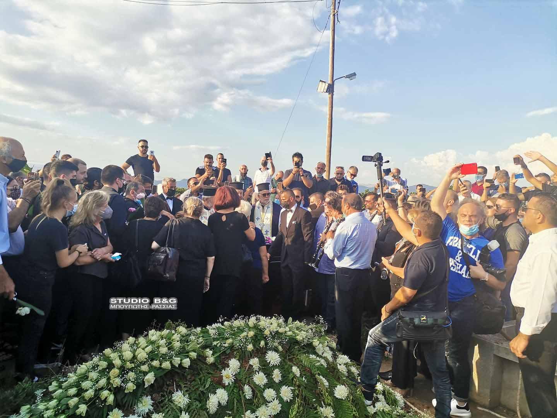 Φιλιώ Πυργάκη: H κηδεία και το τελευταίο χειροκρότημα στη βασίλισσα του δημοτικού τραγουδιού