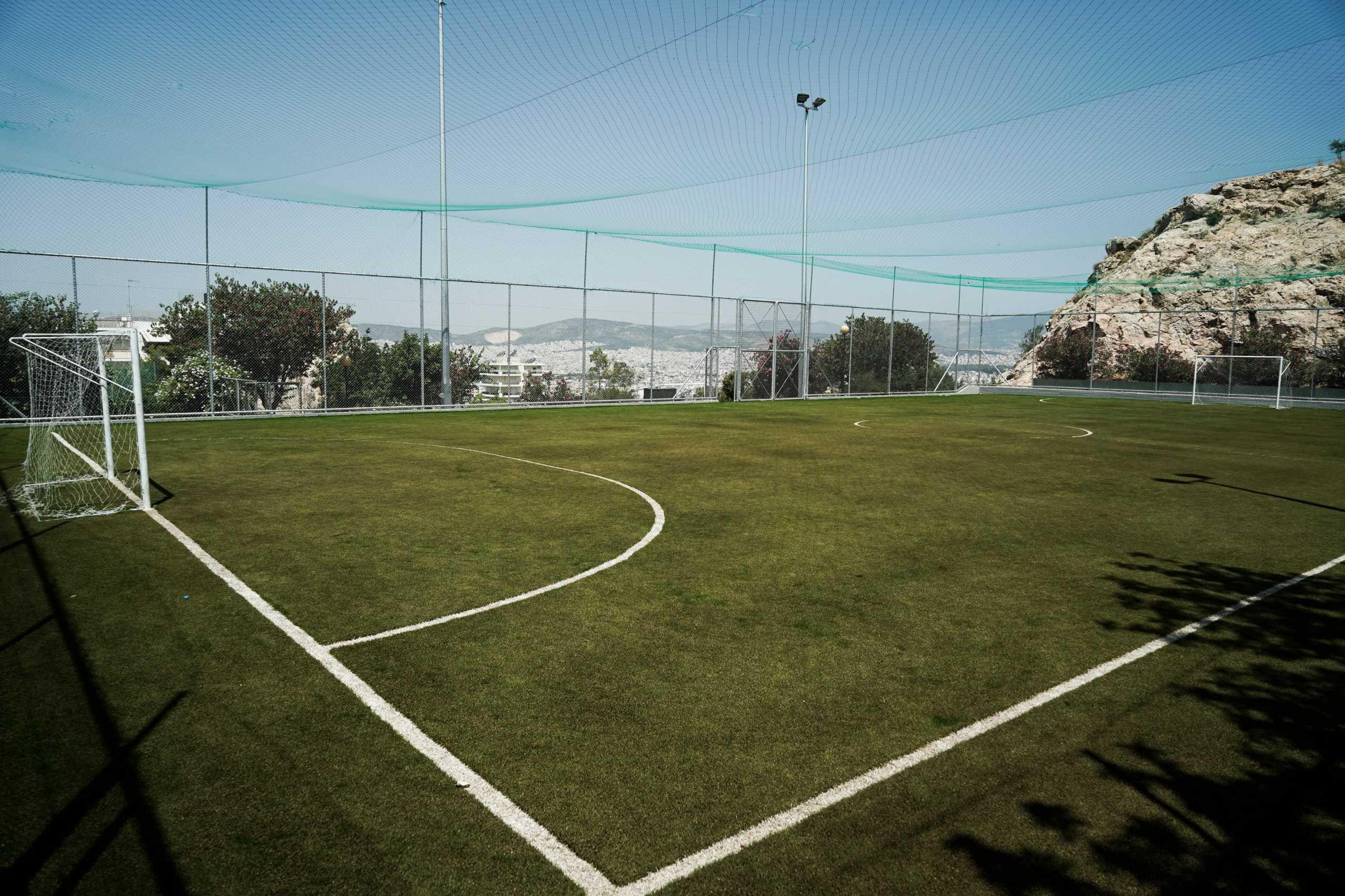 Δήμος Αθηναίων: Γήπεδα 5Χ5 σαν καινούργια – Ώρες λειτουργίας για τους αθλούμενους