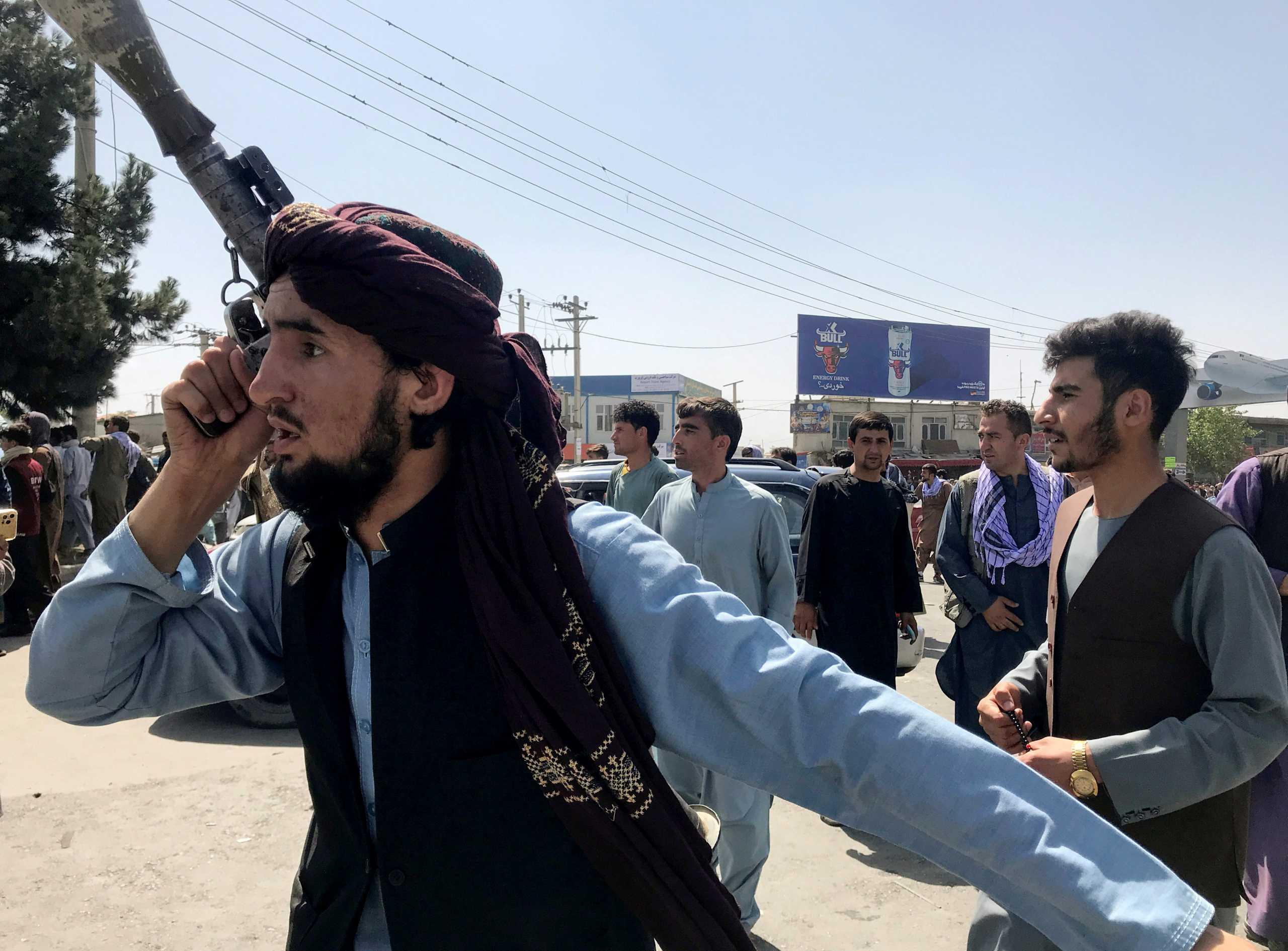 Η βιαιότητα των Ταλιμπάν μέσα από τα μάτια πρώην κυβερνητικού υπαλλήλου στο Αφγανιστάν