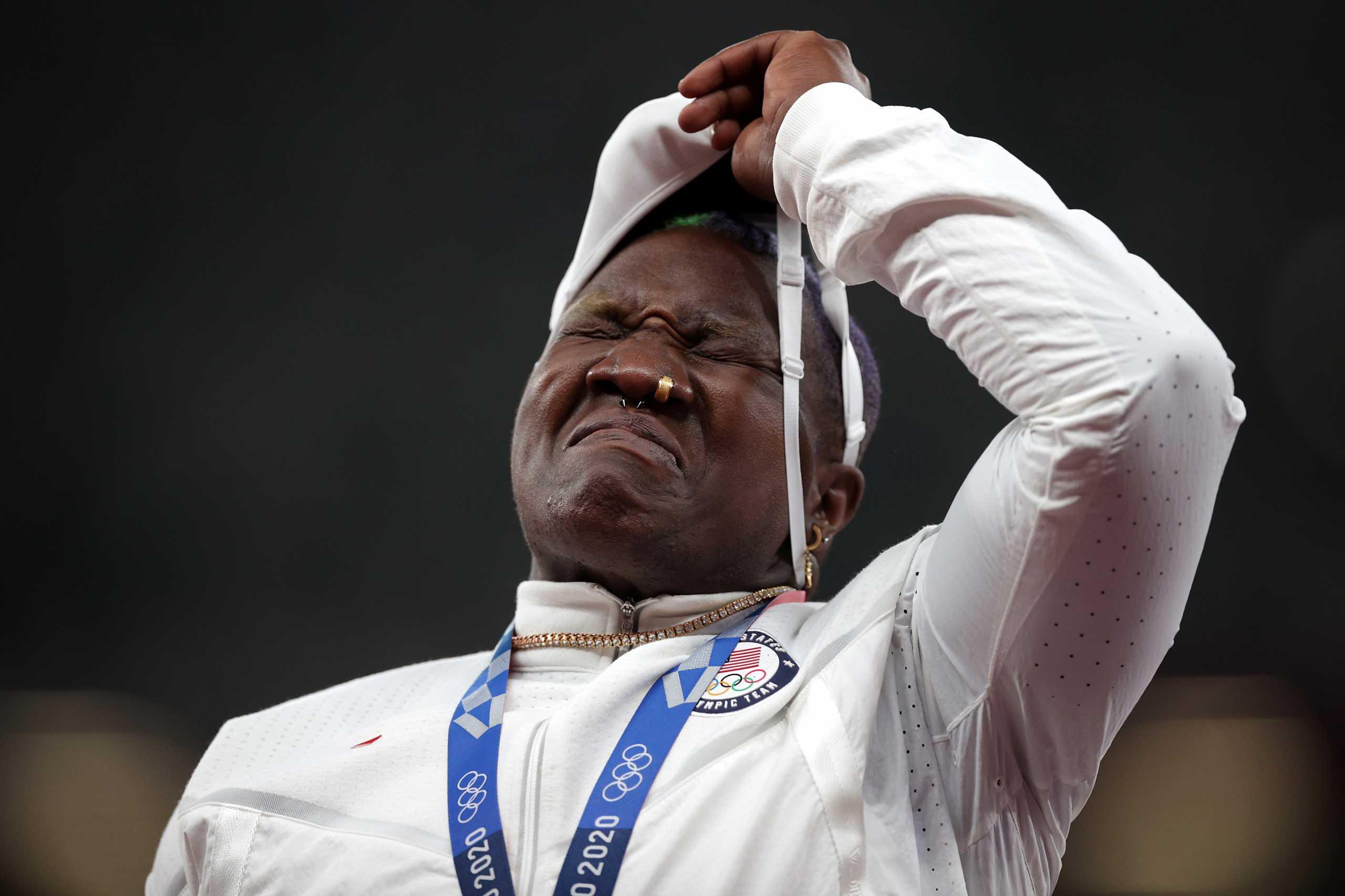 Ολυμπιακοί Αγώνες: Από το μετάλλιο στη θλίψη η Ρέιβεν Σάντερς με το θάνατο της μητέρας της