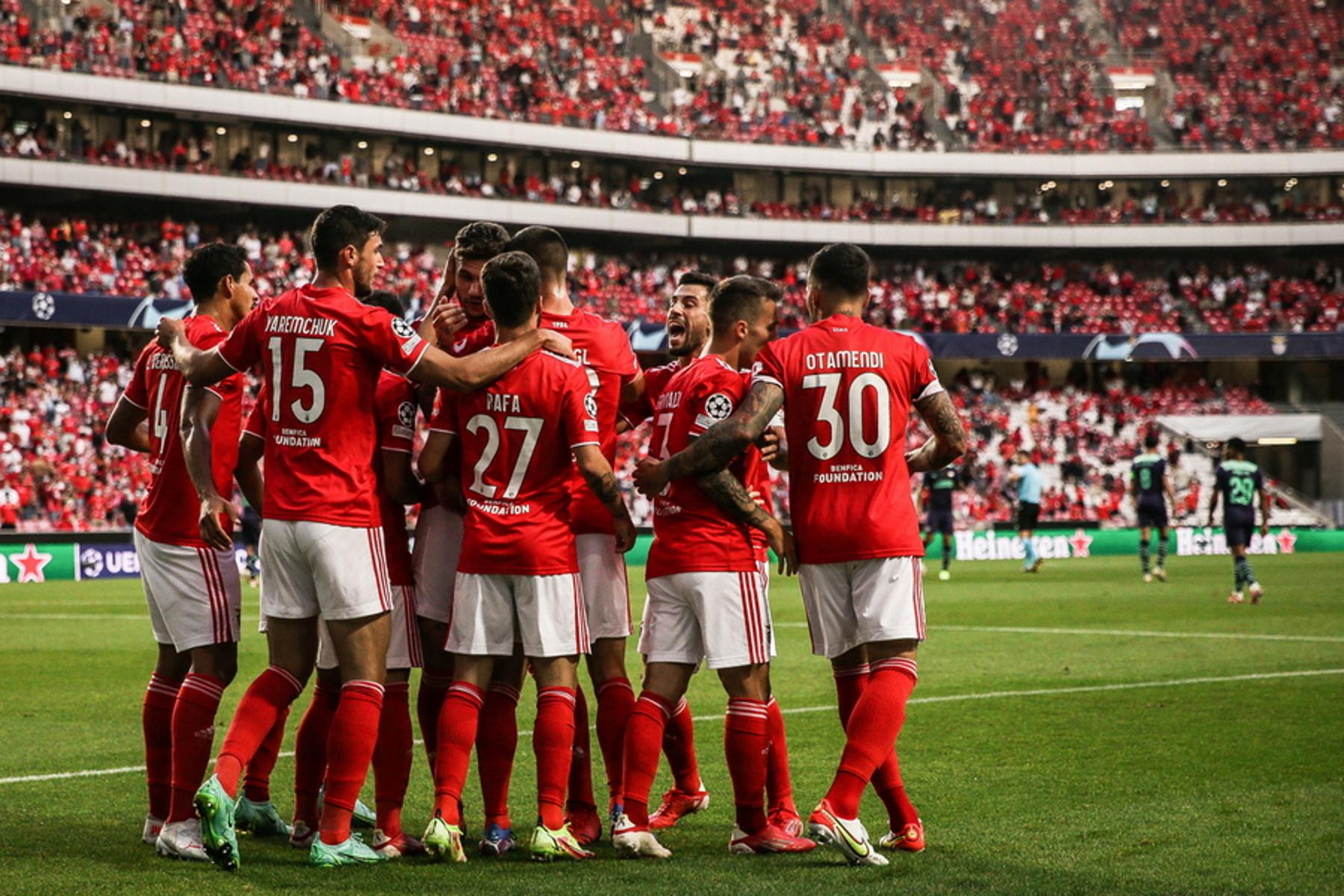 Champions League: Άντεξε η Μπενφίκα με super Βλαχοδήμο και πέρασε στους ομίλους