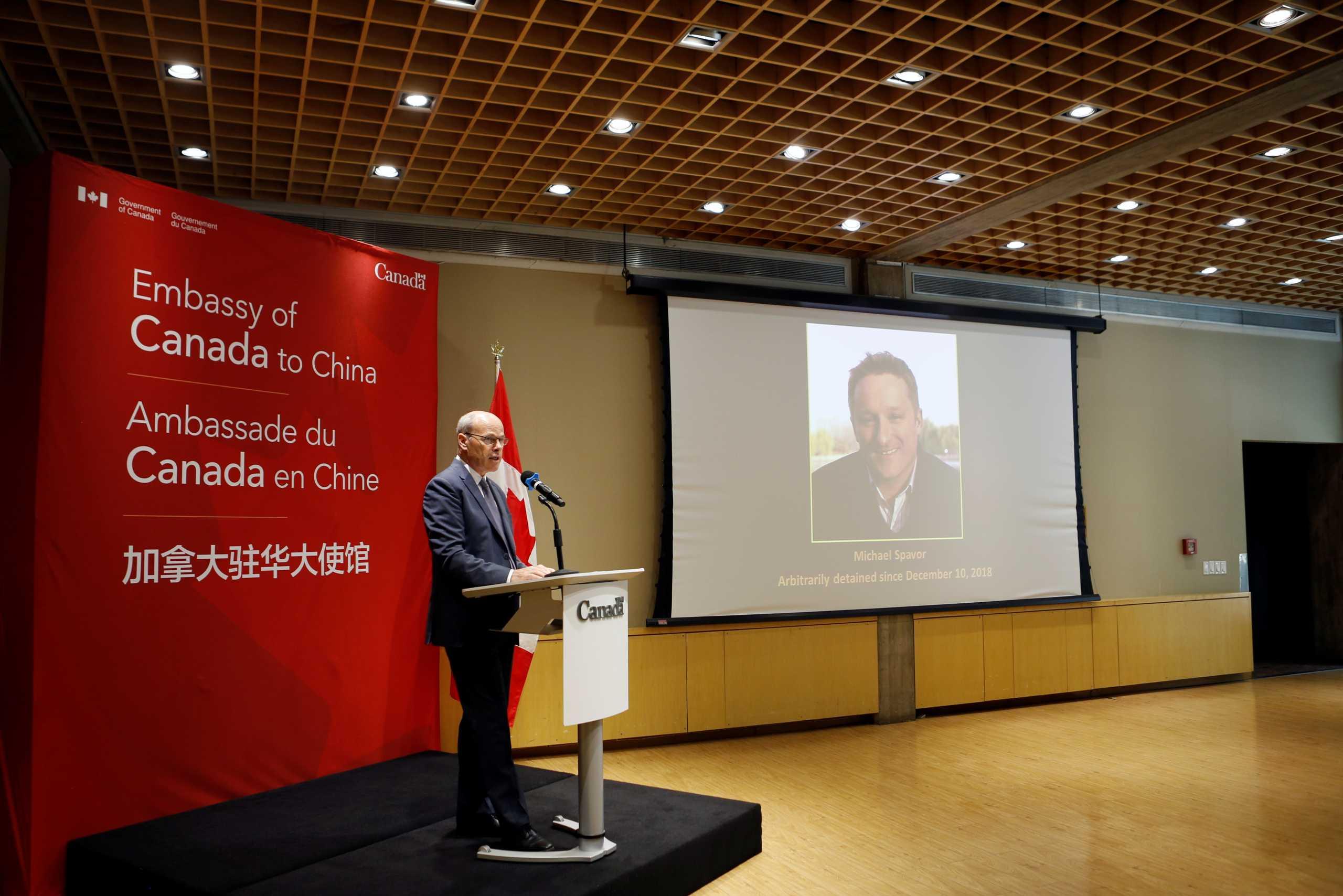 Οι ΗΠΑ στηλιτεύουν την καταδίκη Καναδού για «κατασκοπεία» από την Κίνα