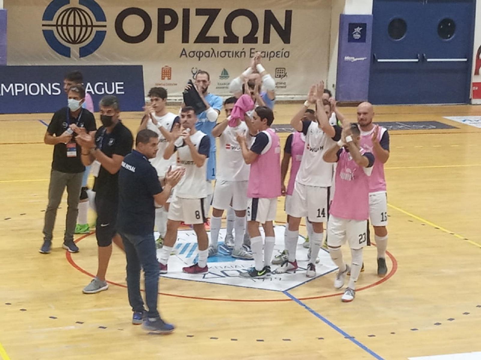 Futsal Champions League: «Χ»αμένη ευκαιρία για τον Δούκα στην πρεμιέρα – «Μάγεψε» ο Σαβιόλα για την Eνκάμπ