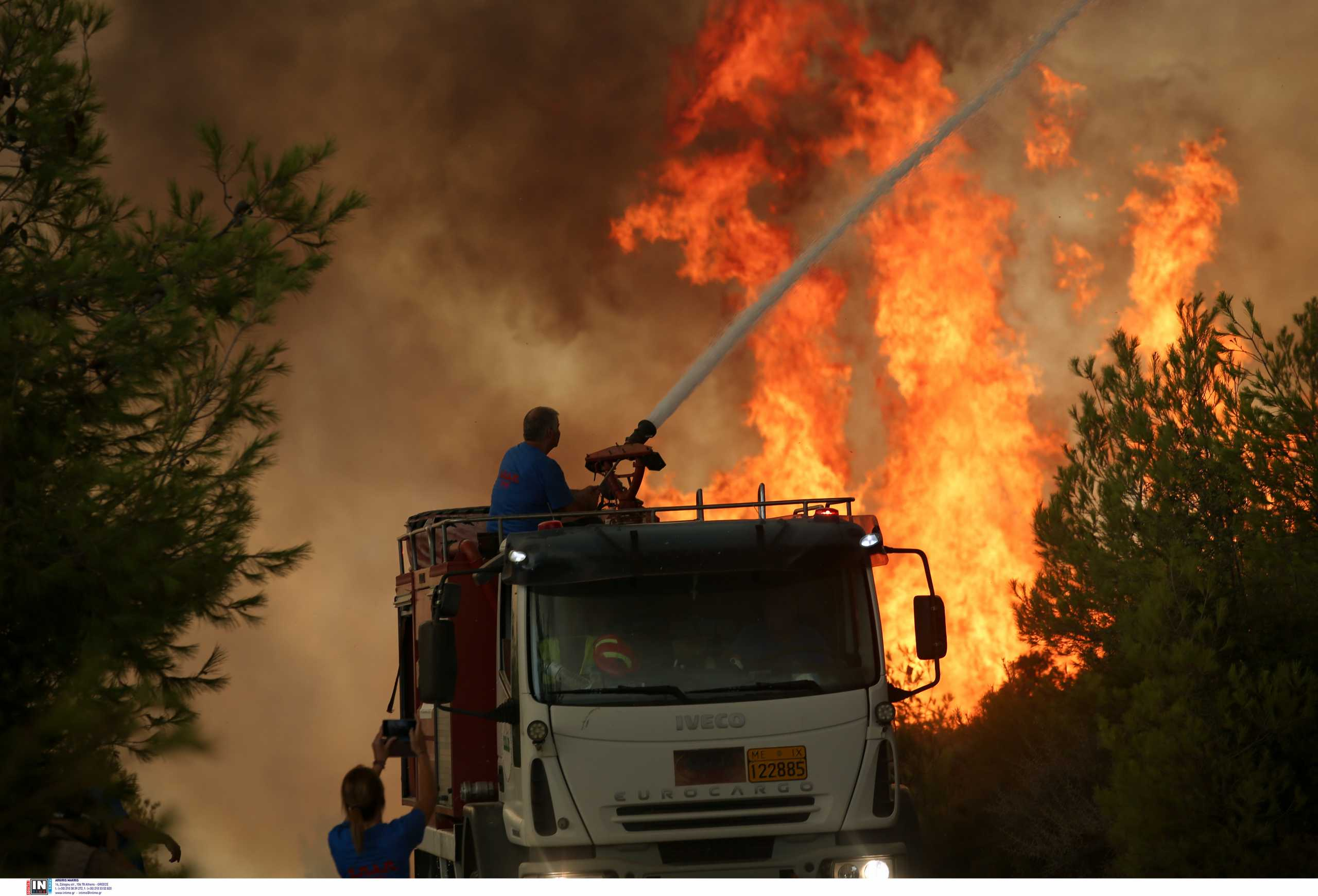 Φωτιές: Αυτές είναι οι δυνάμεις που έστειλε η Ρουμανία – «Δεν θα αφήσουμε την Ελλάδα μόνη»