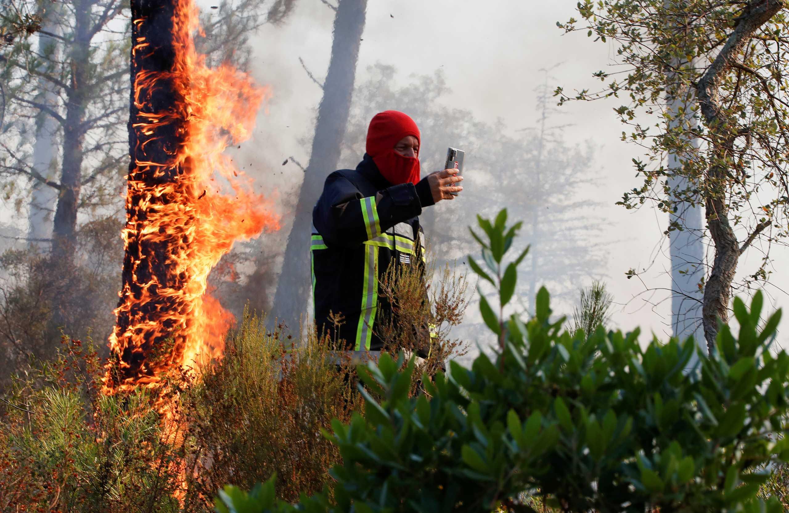 Φωτιές – Γαλλία: Νεκροί στο φλεγόμενο θέρετρο της Κυανής Ακτής κοντά στο Σεν Τροπέ