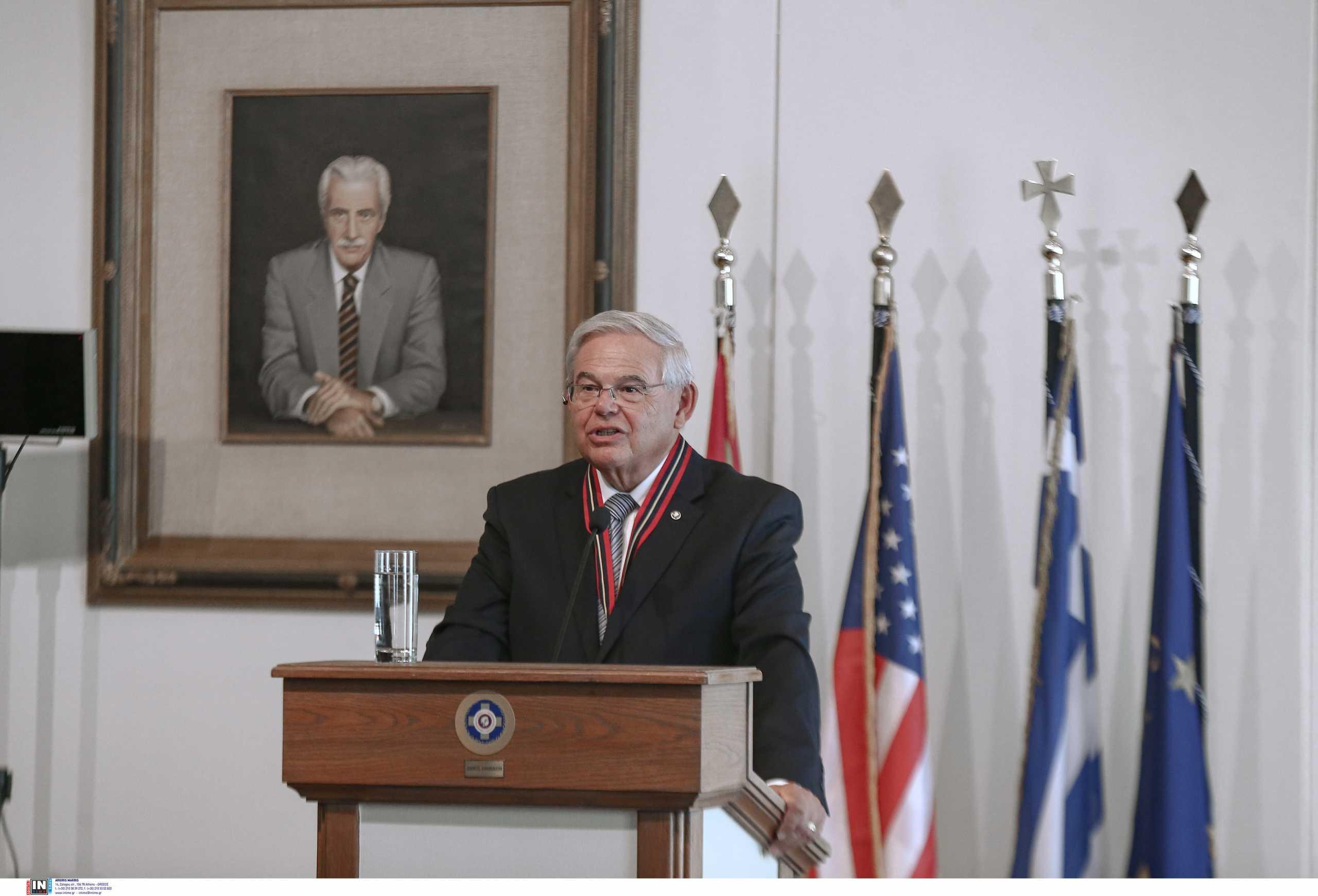 Ρόμπερτ Μενέντεζ: Η Ελλάδα είναι ένας ιδανικός εταίρος για τις ΗΠΑ