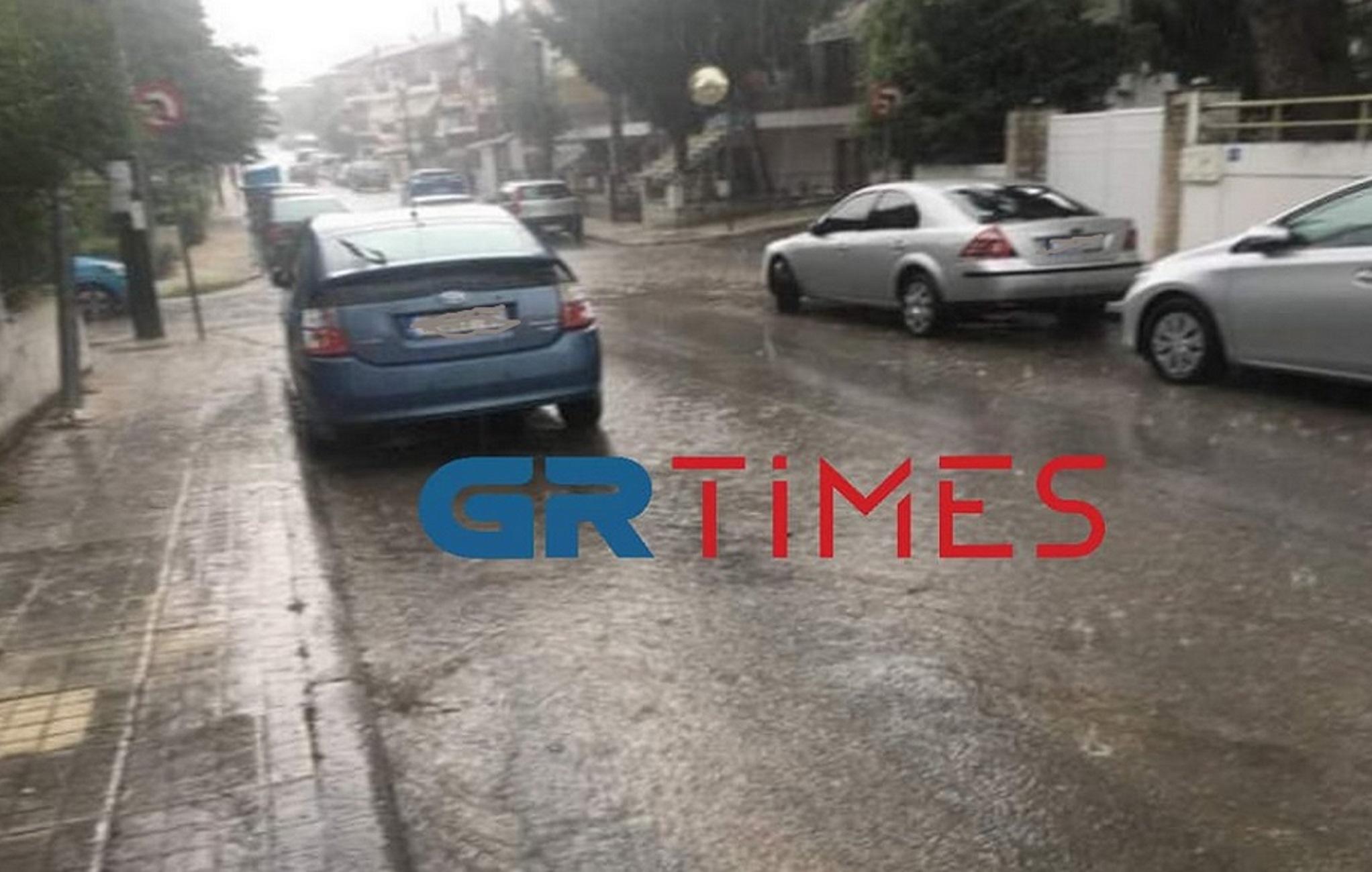 Θεσσαλονίκη: Δυνατό καλοκαιρινό μπουρίνι στο Ωραιόκαστρο – Ερήμωσαν οι δρόμοι της περιοχής