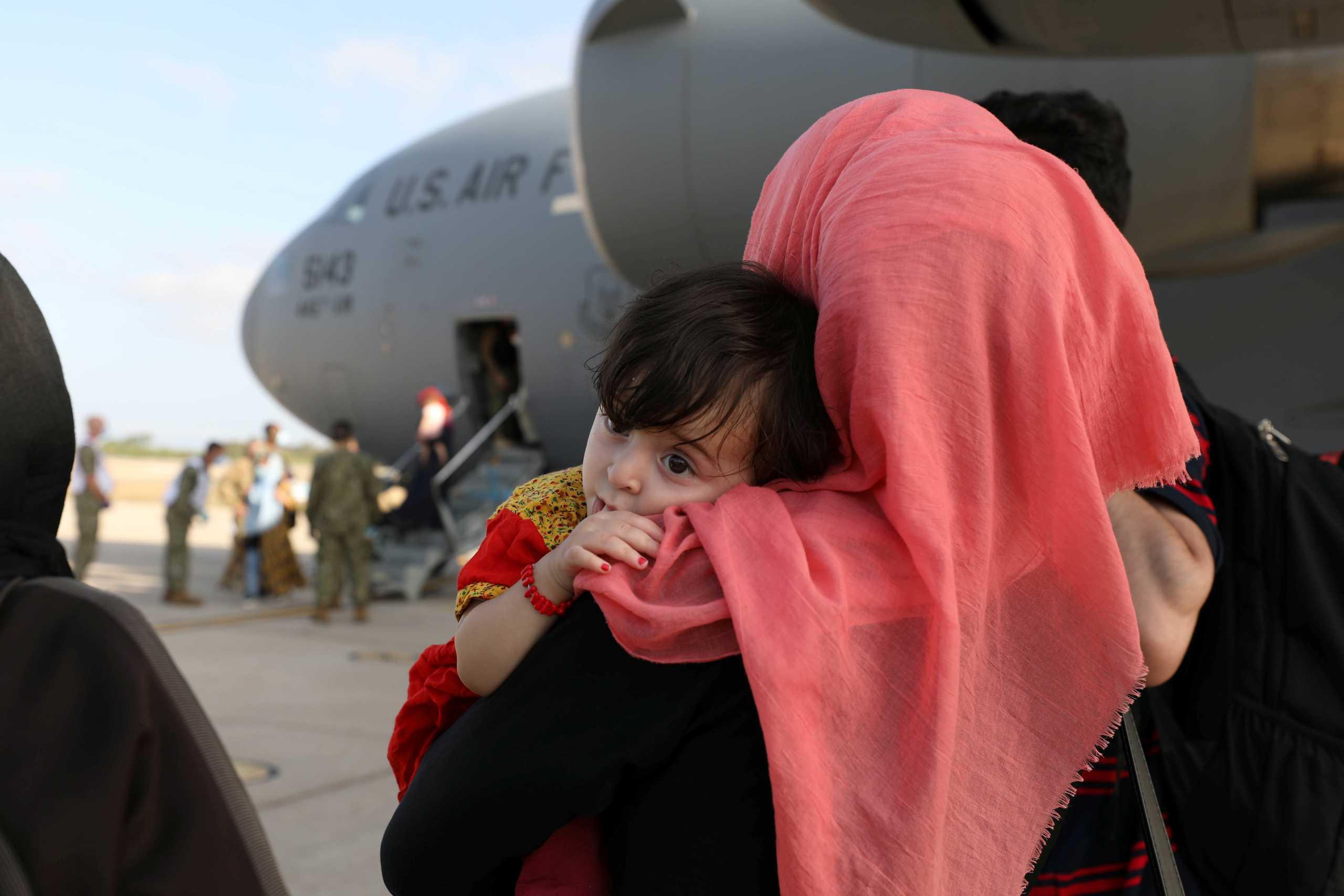 ΗΠΑ – Πεντάγωνο: Οι απειλές εναντίον του αεροδρομίου της Καμπούλ είναι «πραγματικές και συγκεκριμένες»