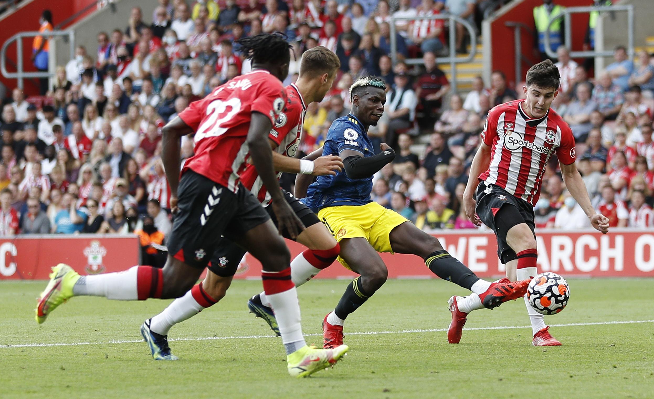 Premier League: Γκέλα για Μάντσεστερ Γιουνάιτεντ, διπλό για Τότεναμ