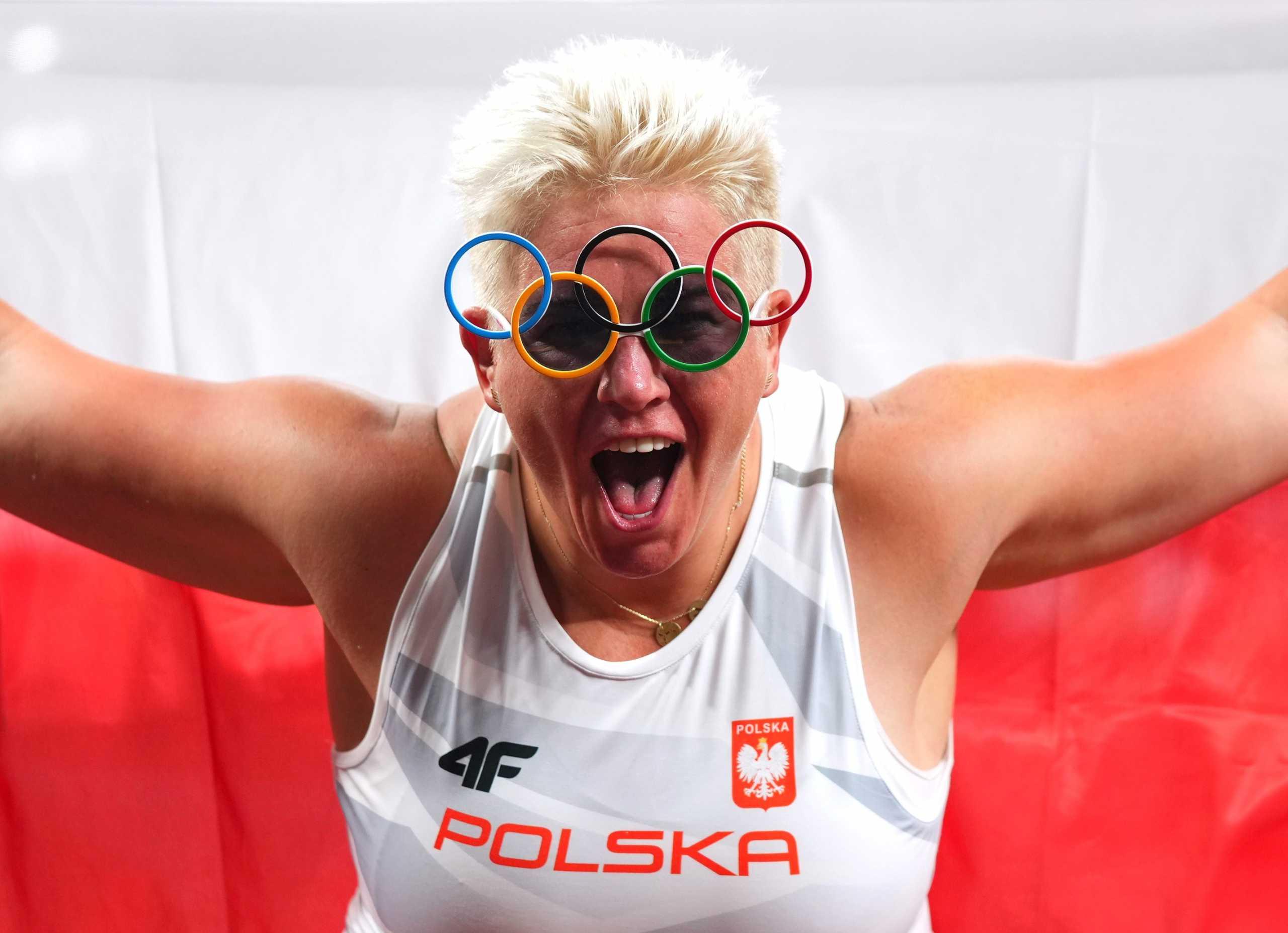 Ολυμπιακοί Αγώνες: «Μυθική» επίδοση από την Βλόνταρτσικ που κατέκτησε το χρυσό μετάλλιο στη σφυροβολία