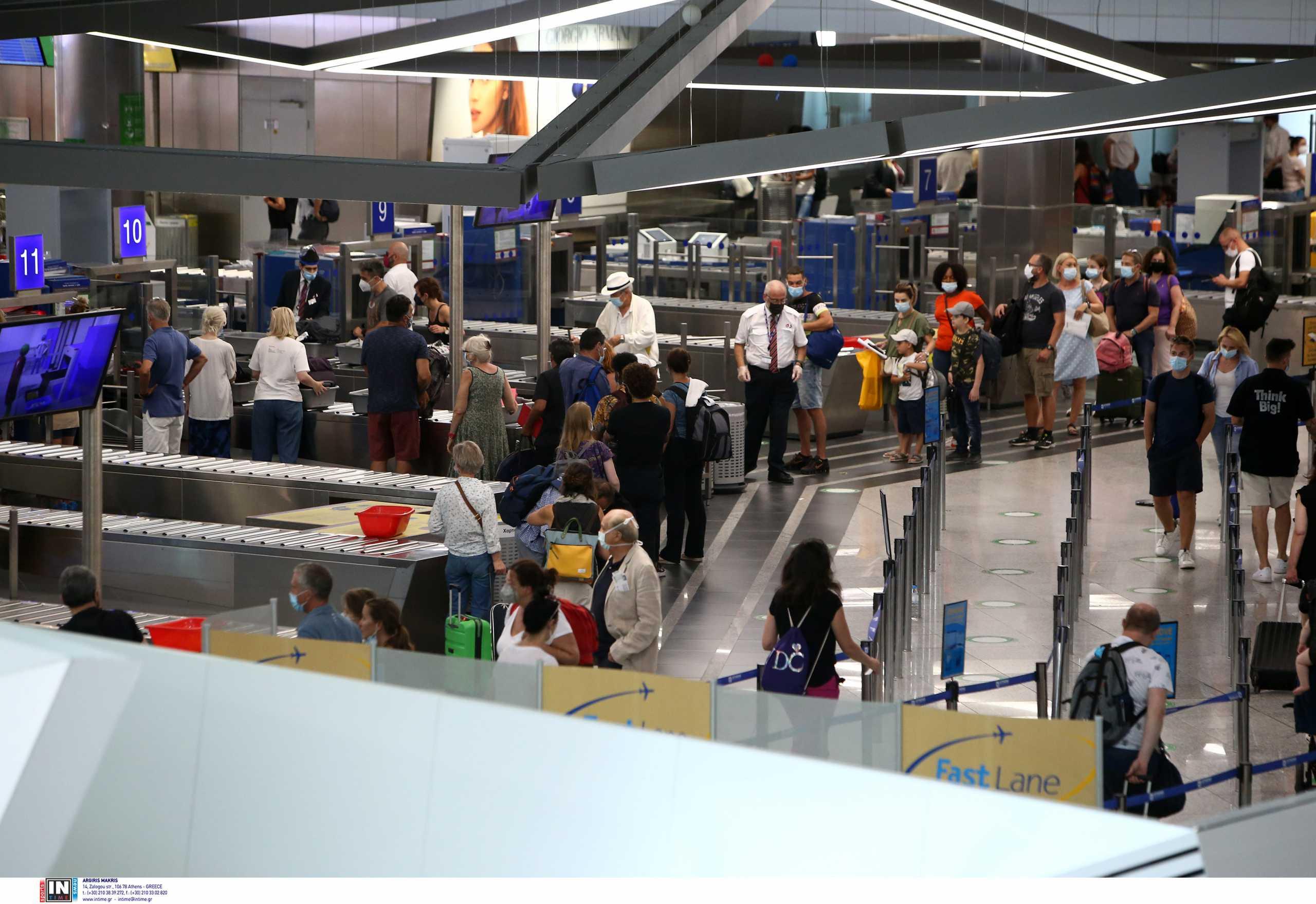 Αεροπορική κίνηση: Βελτιωμένη η εικόνα στα ελληνικά αεροδρόμια, δεν άγγιξε όμως τα επίπεδα του 2019
