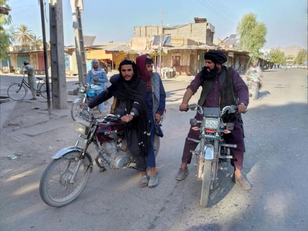 Η Ελβετία σταμάτησε τις επελάσεις προς το Αφγανιστάν λόγω της επέλασης των Ταλιμπάν