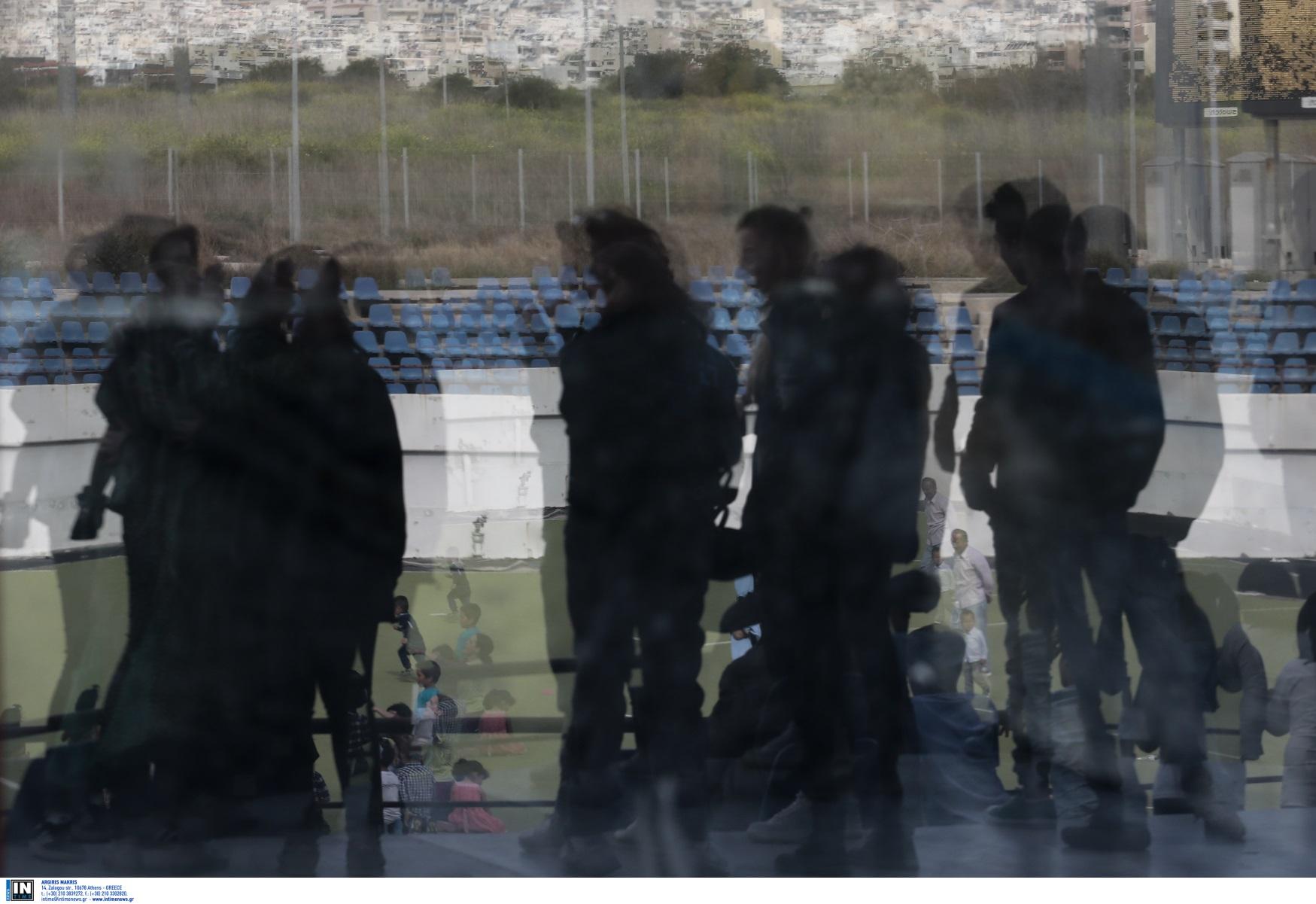 Αφγανιστάν: Άσυλο ζητά η 8μελής οικογένεια Αφγανών που έφτασε στην Ελλάδα