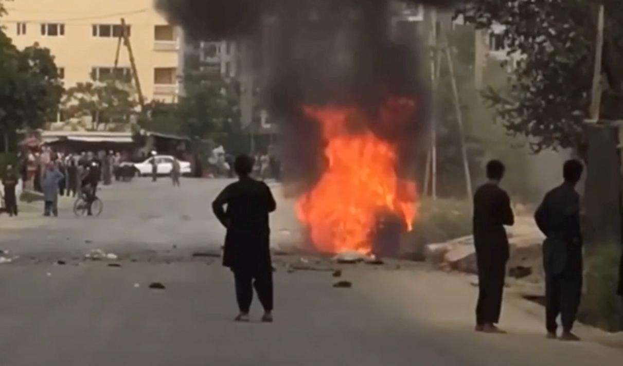 Αφγανιστάν: Νέο μπαράζ επιθέσεων με ρουκέτες – Δεν σταματά η επιχείρηση εκκένωσης