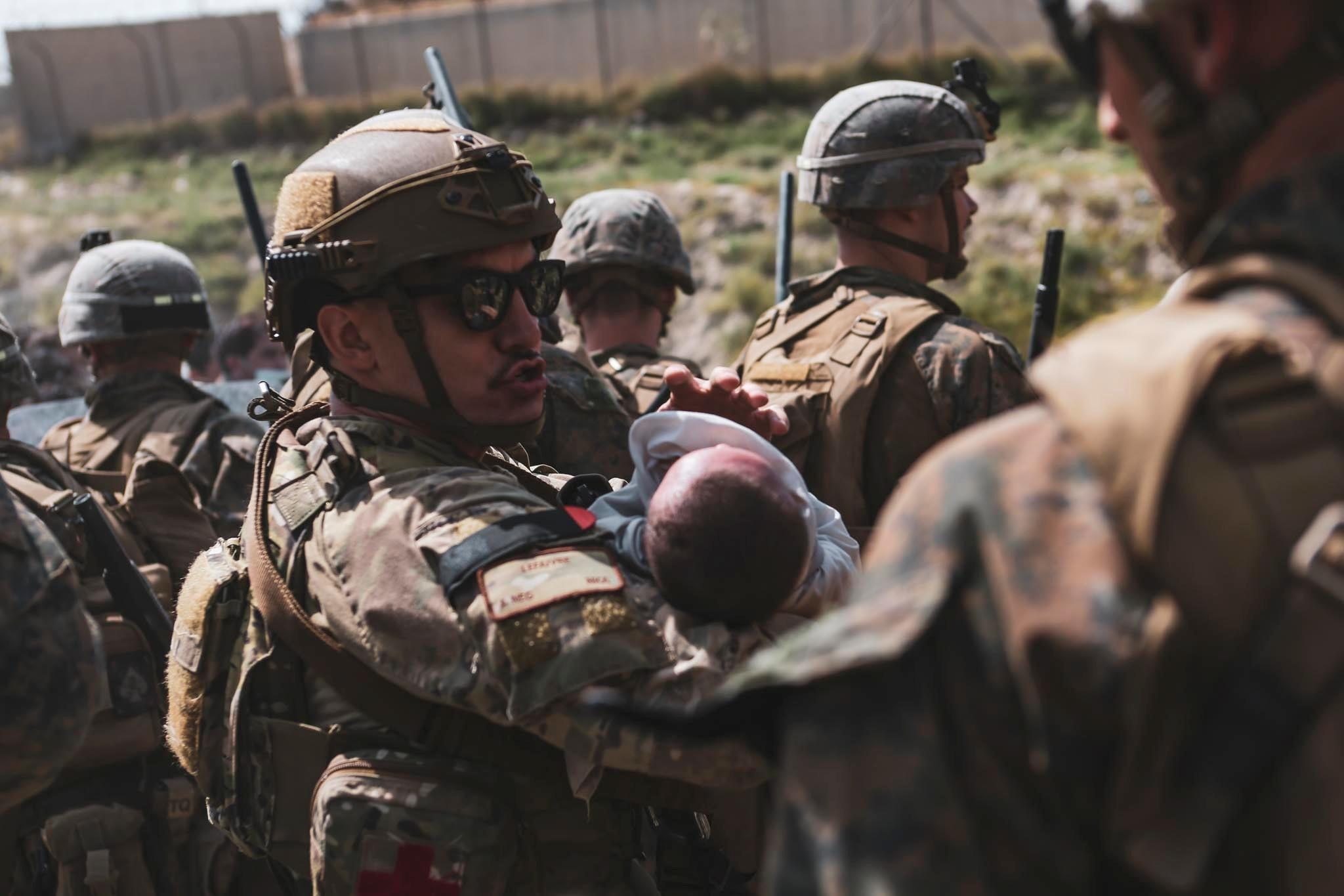 Αφγανιστάν: Θρίλερ με την παράταση της εκκένωσης – Με απειλές απαντούν οι Ταλιμπάν