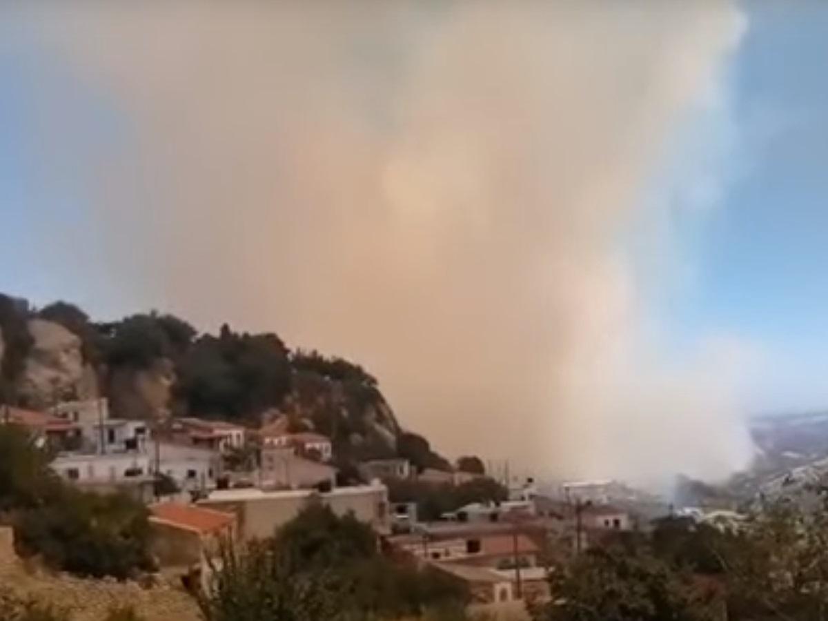 Φωτιά στην Κρήτη: Σε ύφεση το μέτωπο στον Άγιο Θωμά