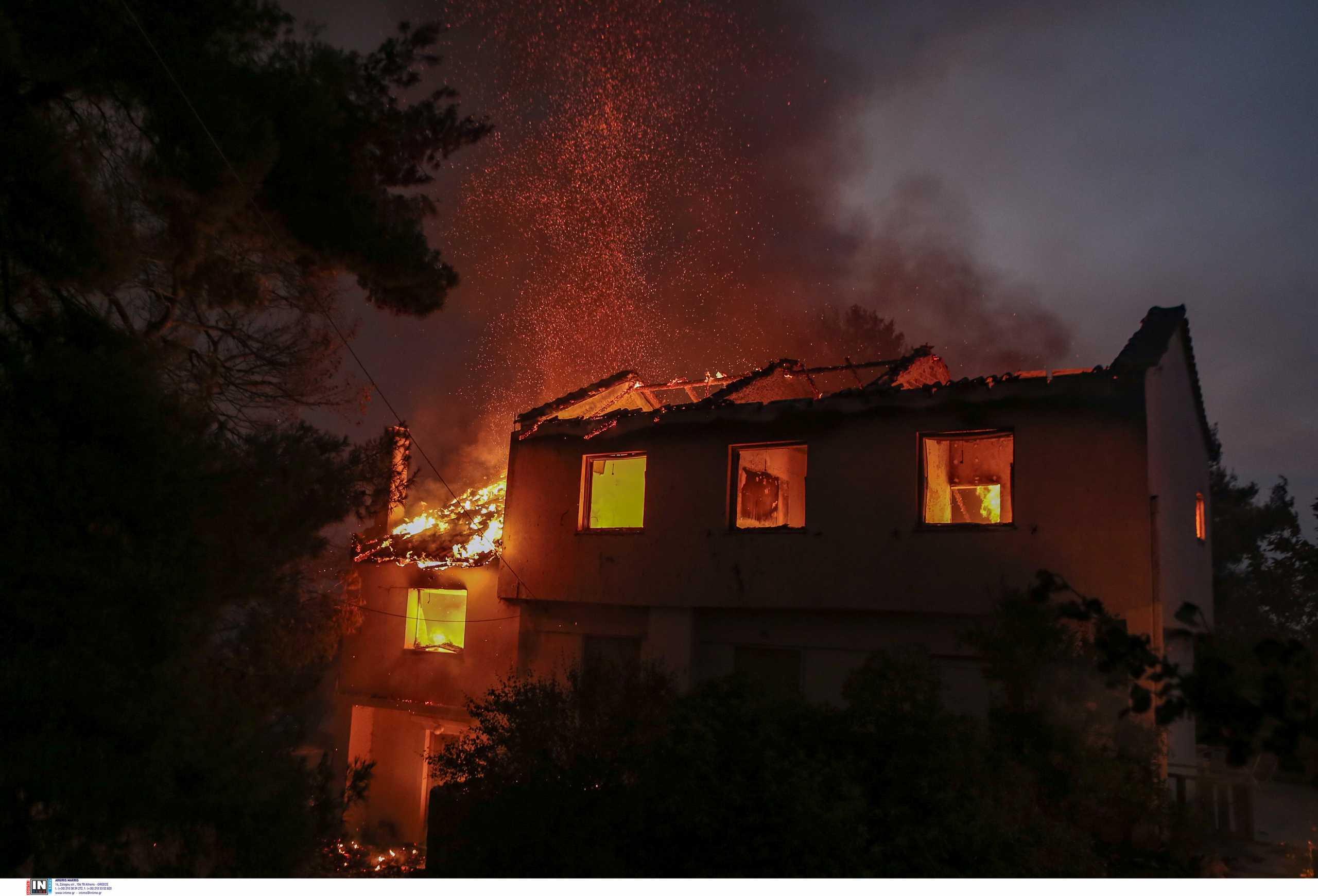 Φωτιές στην Αττική: Νύχτα αγωνίας σε Θρακομακεδόνες, Βαρυμπόμπη, Μαλακάσα και Ωρωπό