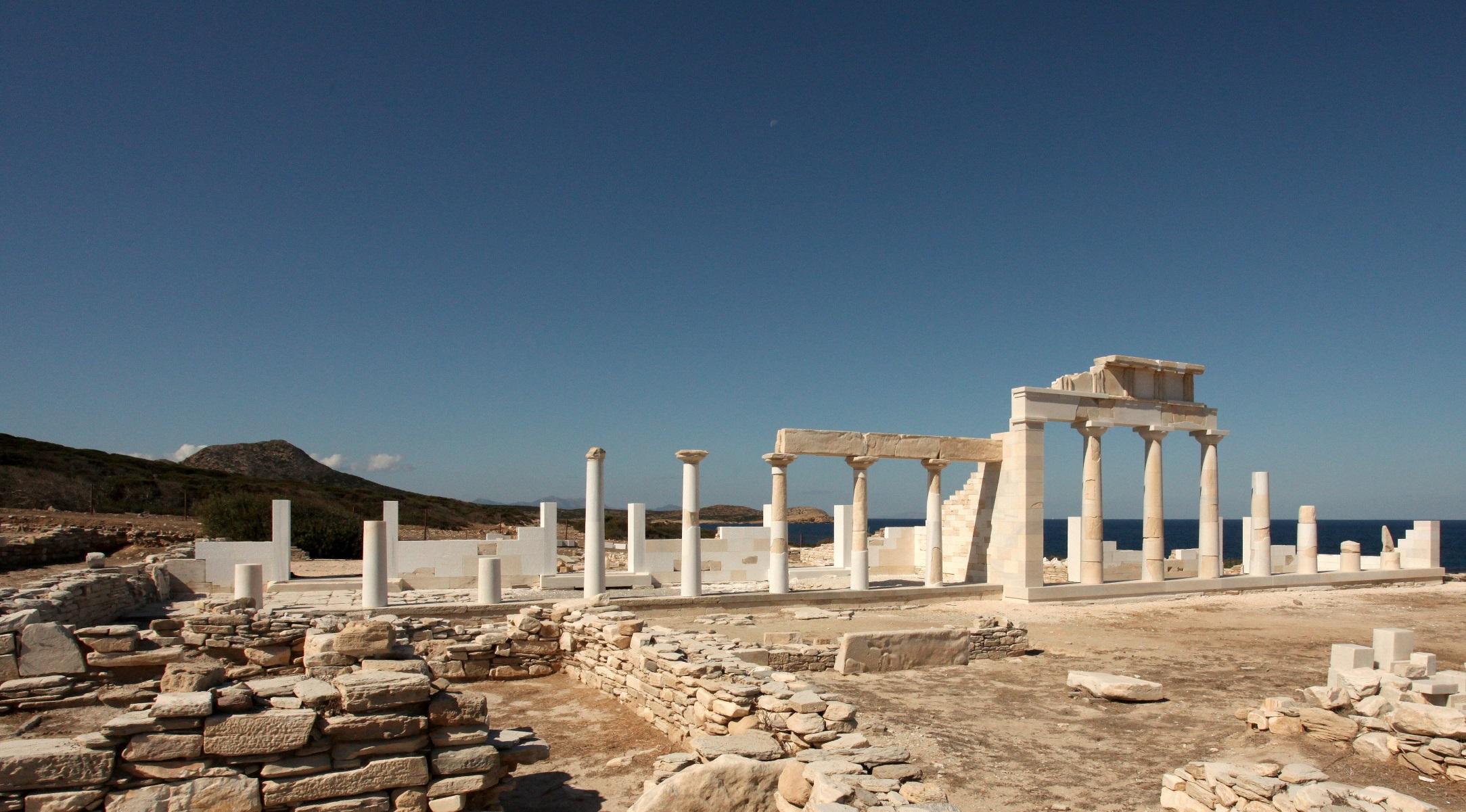 Δεσποτικό Κυκλάδων: Οι ανασκαφές «ζωντανεύουν» τον επιβλητικό ναό του Απόλλωνα