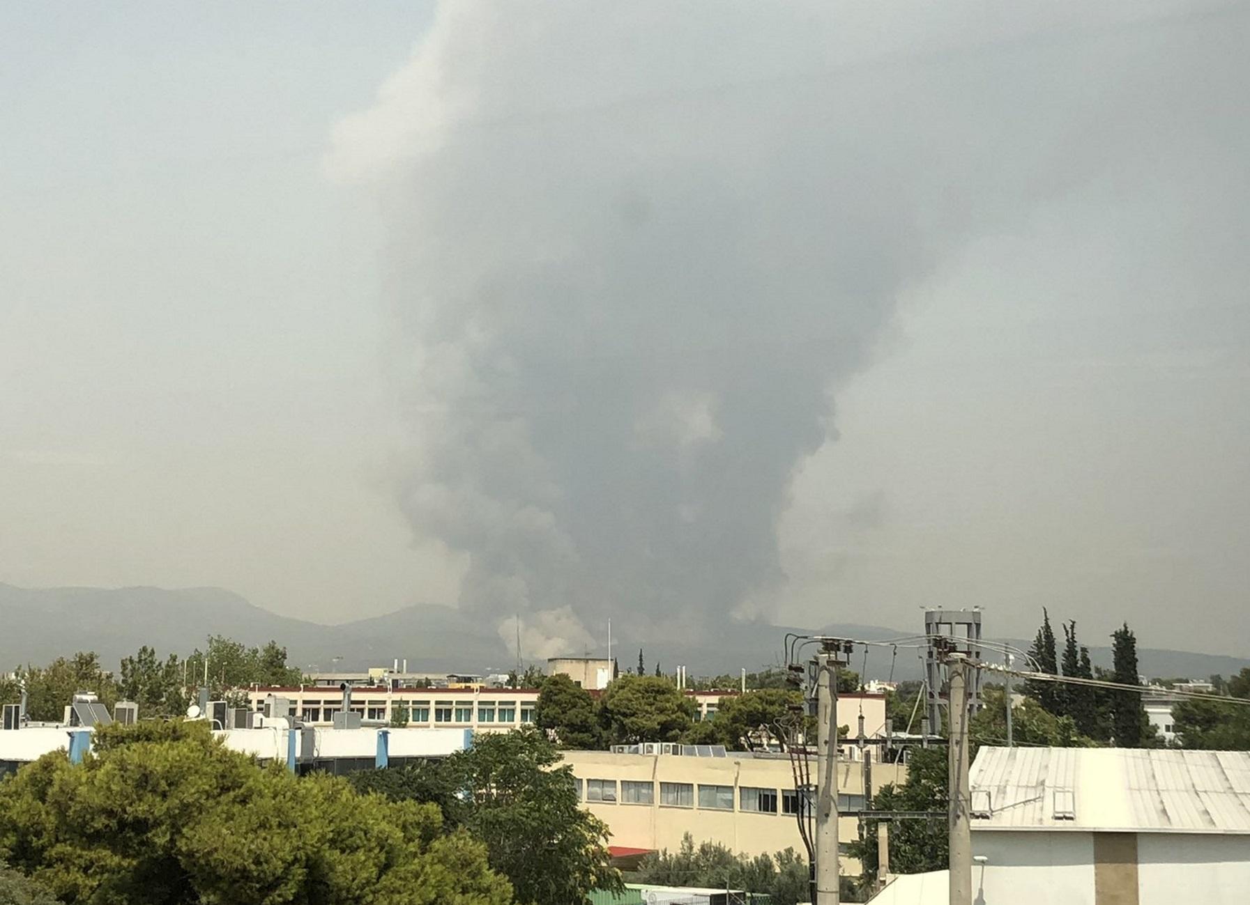 Φωτιά στη Βαρυμπόμπη: Έκτακτη εφημερία σε Σισμανόγλειο και ΚΑΤ με εντολή Κικίλια