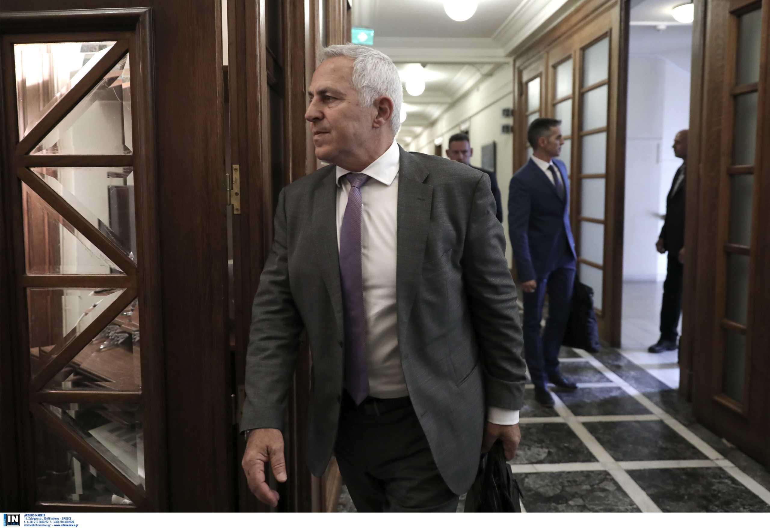 Ευάγγελος Αποστολάκης: Μαίνεται ο «πόλεμος» κυβέρνησης – ΣΥΡΙΖΑ