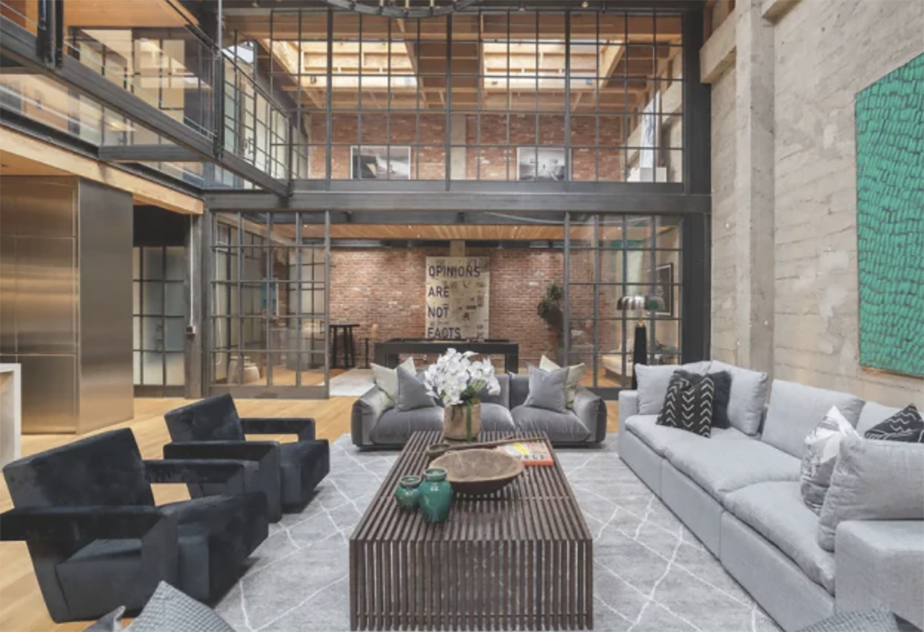 Δείτε πως μια αποθήκη μετατράπηκε σε μια απίστευτη κατοικία 6,5 εκατ. δολαρίων