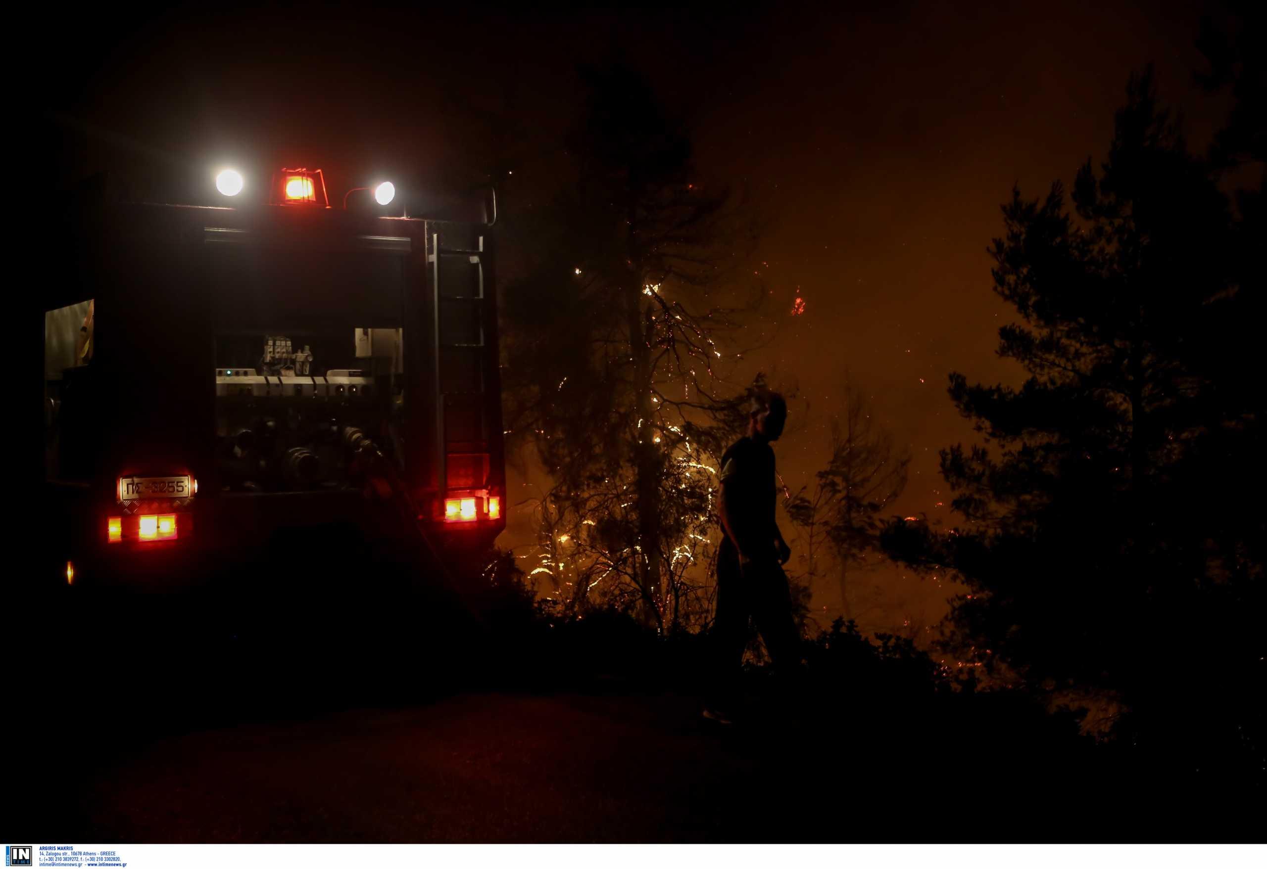 «Έπιασαν» τις φωτιές σε Κω, Ρόδο και Καλάβρυτα