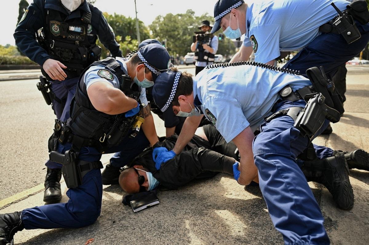 Αυστραλία: Συμπλοκές σε διαδηλώσεις κατά των lockdown – Εκατοντάδες συλλήψεις και τραυματίες