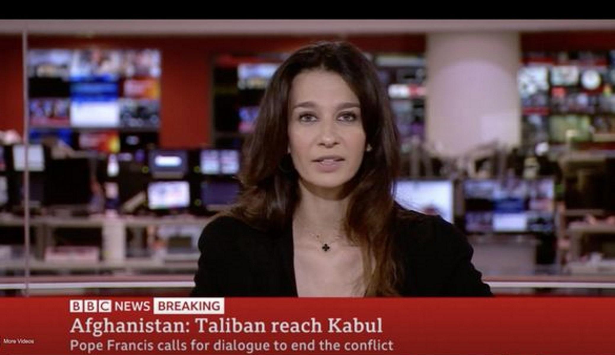 «Πάγωσε» στον αέρα η δημοσιογράφος του BBC: Της τηλεφώνησαν οι Ταλιμπάν