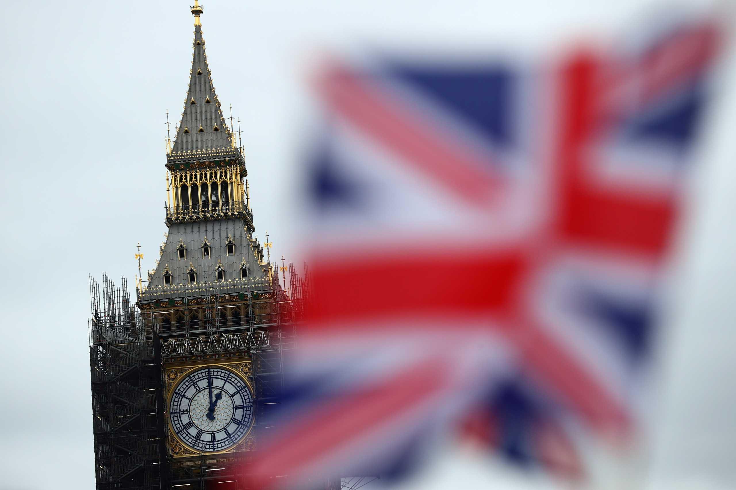 Βρετανία: Η Σάρον Γκράχαμ η πρώτη γυναίκα που θα διοικήσει το ισχυρό συνδικάτο Unite