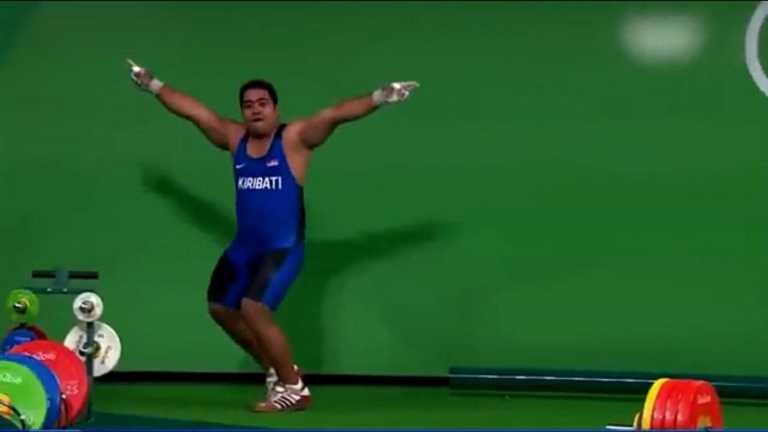 Ολυμπιακοί Αγώνες: Ο αρσιβαρίστας αποθεώθηκε για τον... χορό του και έγινε viral!
