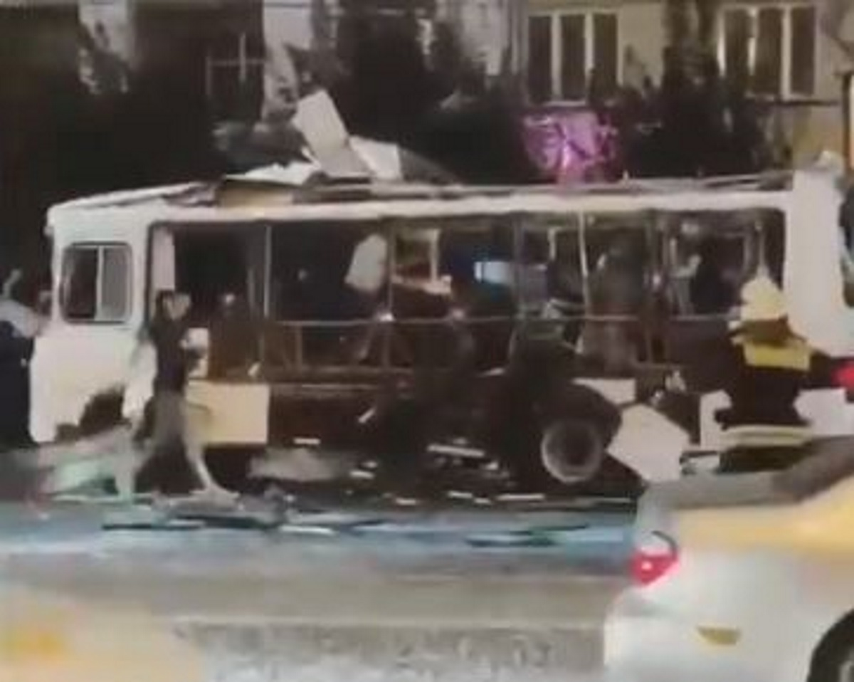 Ρωσία: Έκρηξη σε αστικό λεωφορείο – Μια νεκρή και 18 τραυματίες