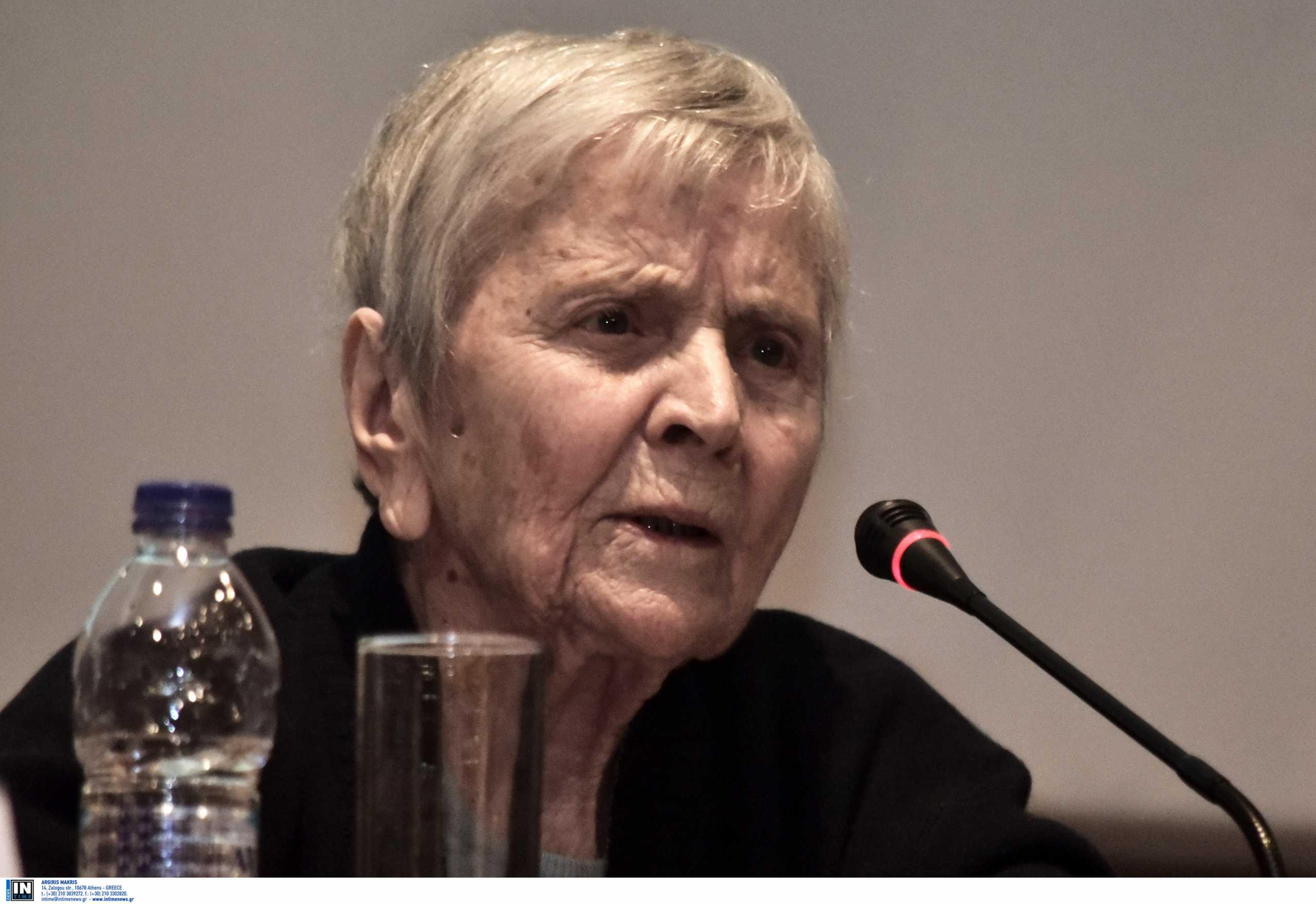 Ελένη Αρβελέρ: Έγκλημα να μην εμβολιαζόμαστε – Πρόκειται για ενδιαφέρον προς τον συνάνθρωπο