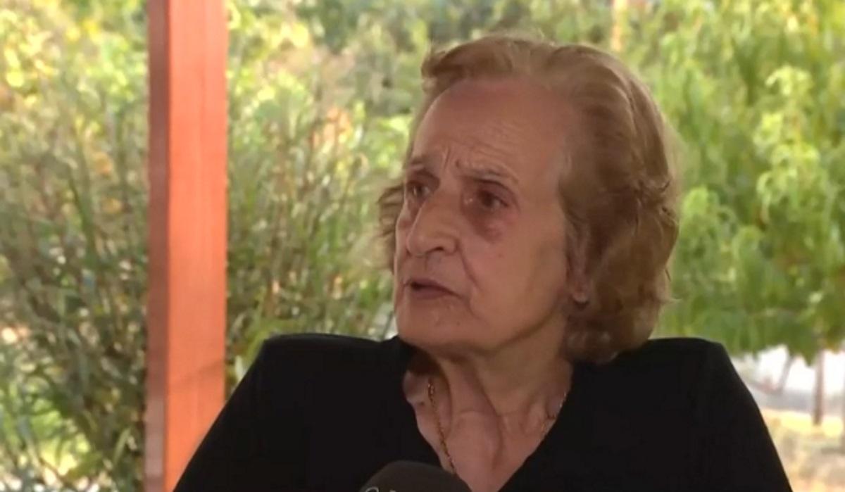 «Έβλεπα τη φωτιά να έρχεται» – Η αφήγηση της γυναίκας από την Εύβοια η φωτογραφία της οποίας μπήκε στα διεθνή ΜΜΕ