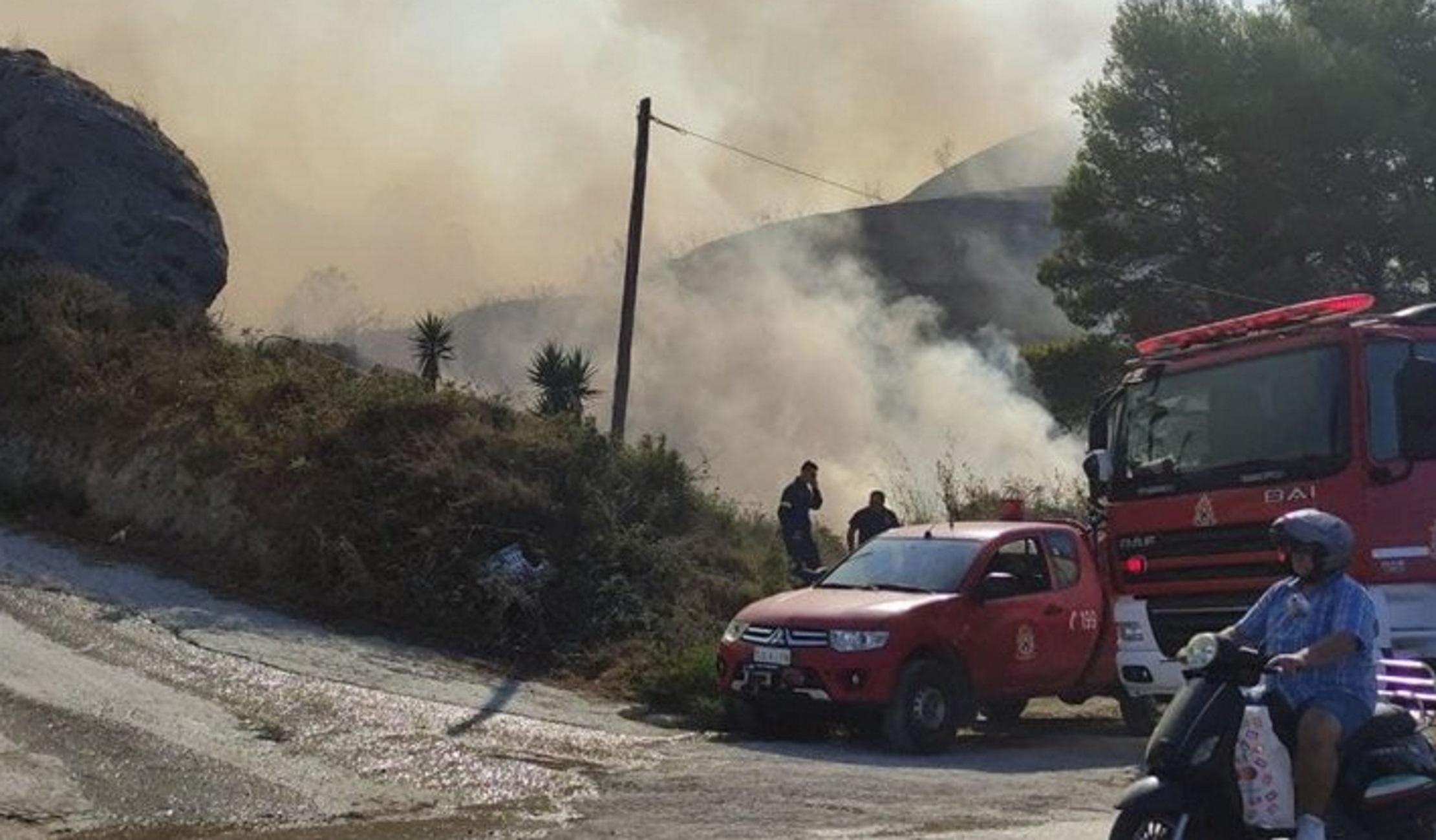 Φωτιά στον Ασπρόπυργο στην περιοχή Σκαλιστήρι