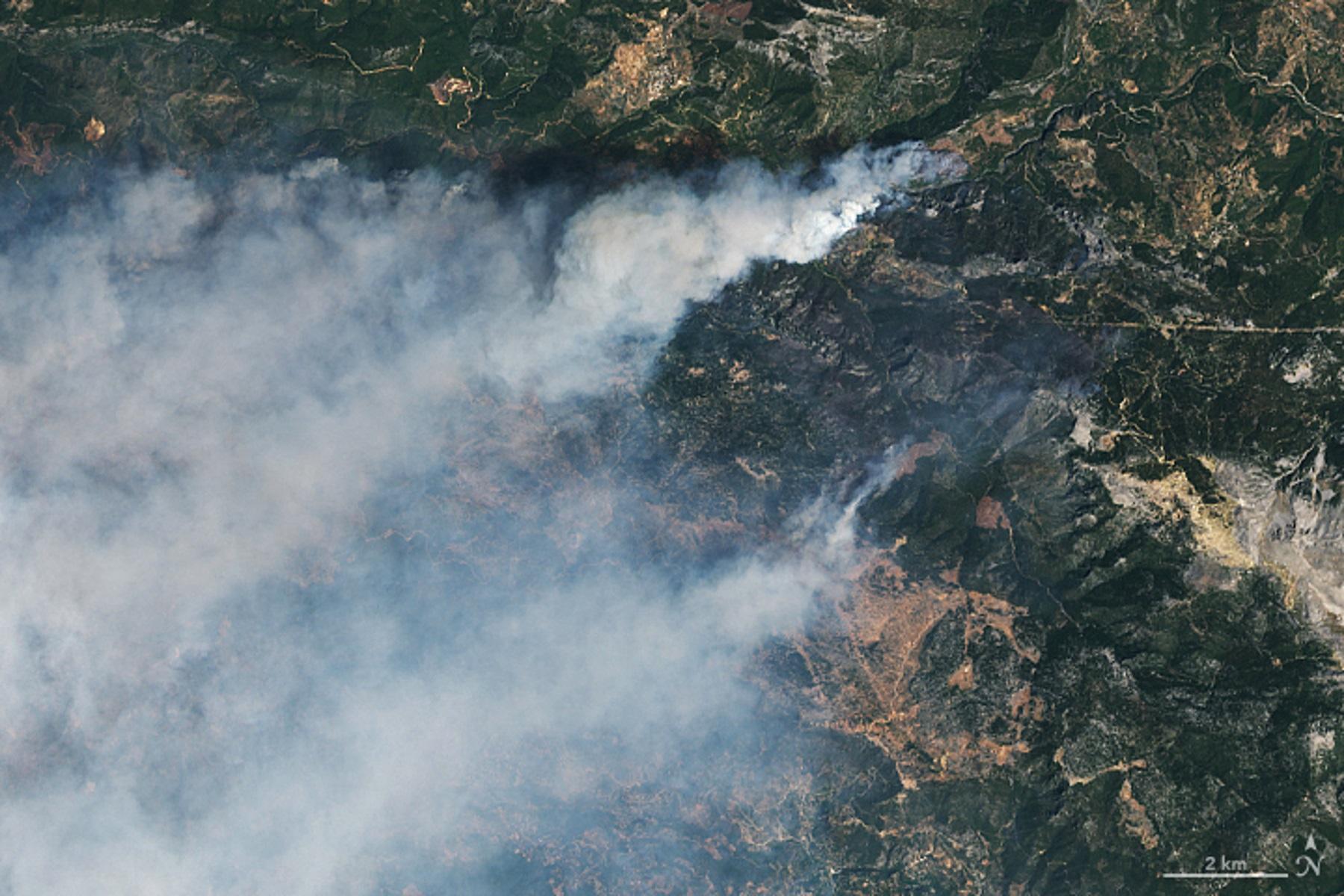 Φωτιές στην Τουρκία: Εκατοντάδες άνθρωποι απομακρύνθηκαν από τα σπίτια τους – Εικόνες από τη NASA