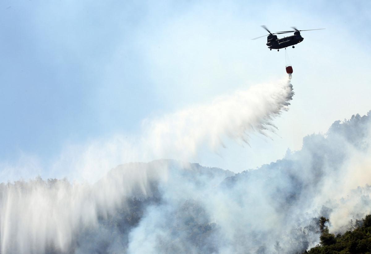 Φωτιές στην Ελλάδα: Η ΕΕ στέλνει 9 αεροπλάνα, 700 πυροσβέστες και 100 οχήματα