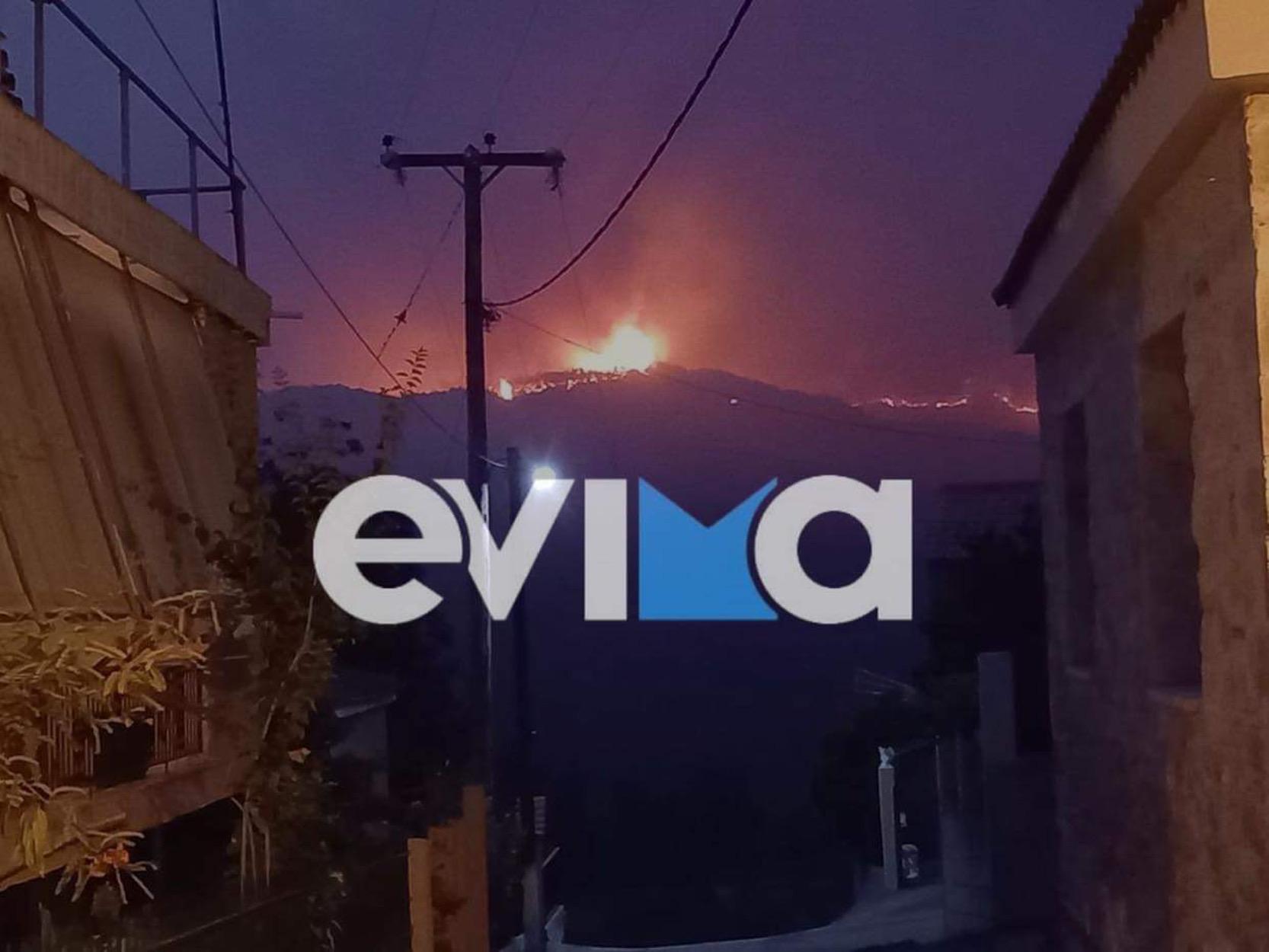 Φωτιά στην Εύβοια: Εκατοντάδες απεγκλωβισμοί πολιτών – Μάχη να μην φτάσουν στο Μαντούδι οι φλόγες
