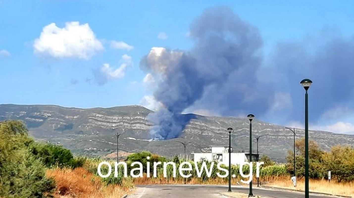 Μεσολόγγι: Μεγάλη φωτιά στον ΧΥΤΑ – Επίγειες και εναέριες δυνάμεις στην περιοχή