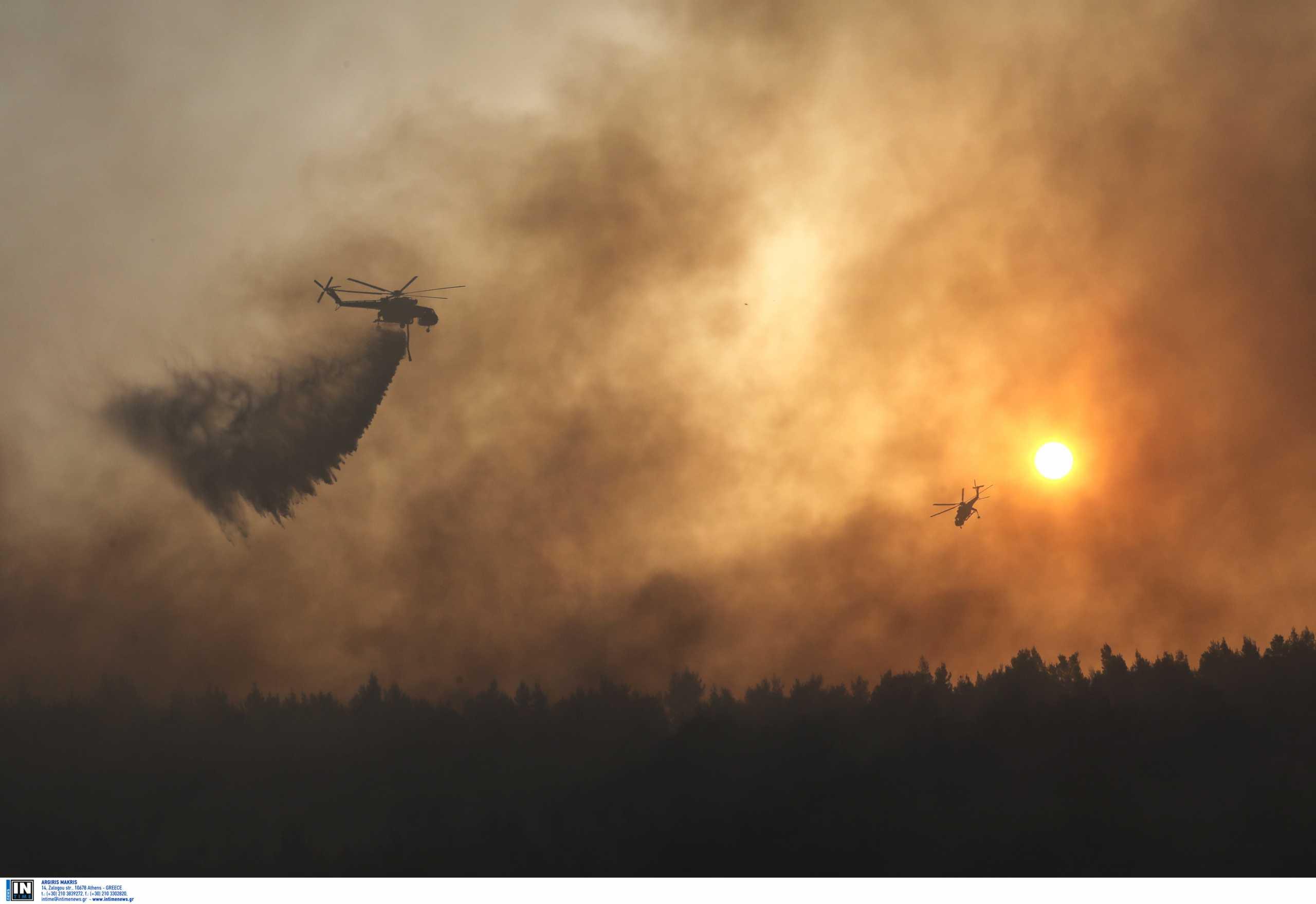 Φωτιά στη Βαρυμπόμπη: Διαψεύδουν πάλι ότι οι φλόγες ξεπήδησαν μετά από έκρηξη μετασχηματιστή