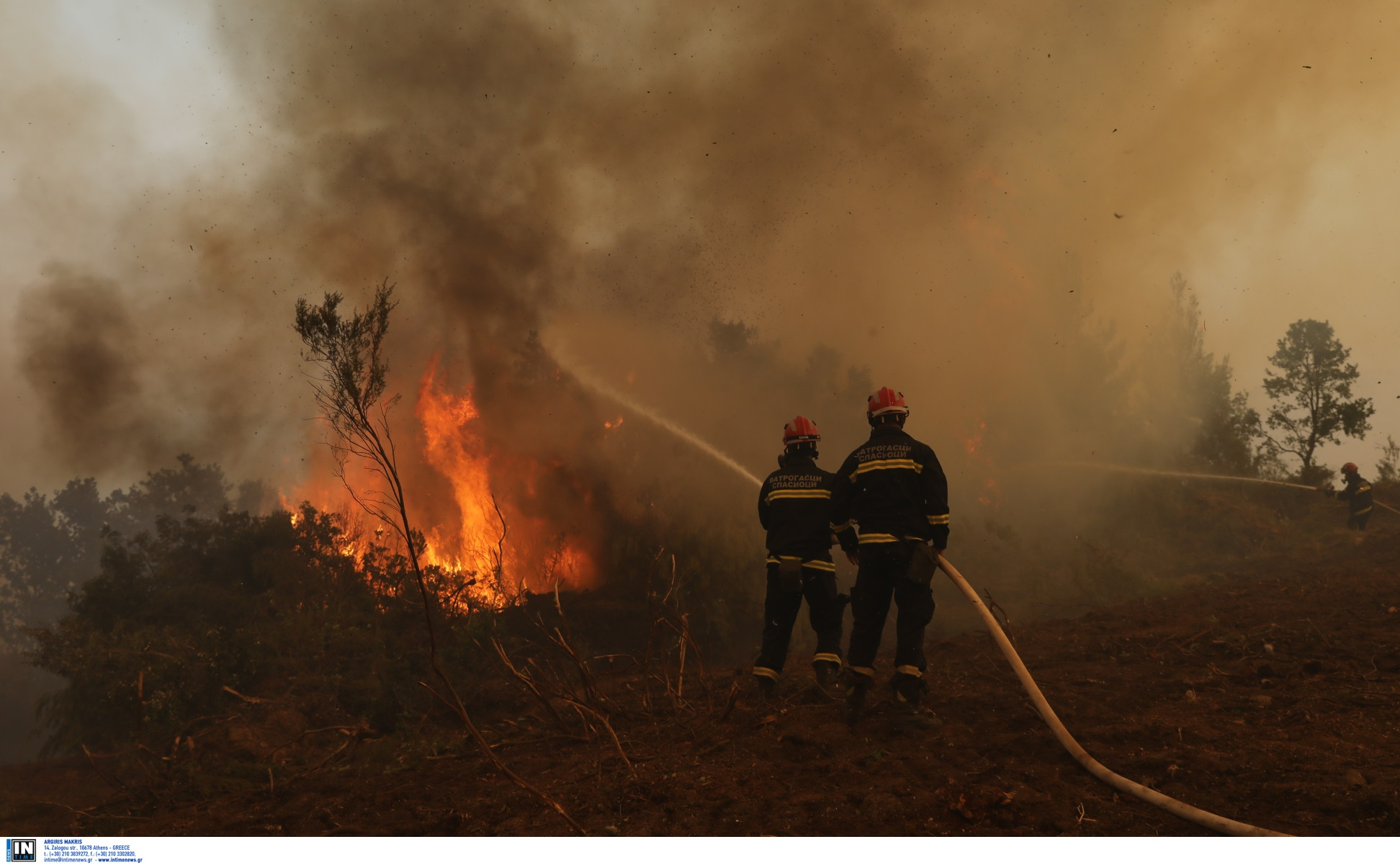 Φωτιές στην Εύβοια: «Μου θύμιζε εικόνες ξεριζωμού» – Συγκλονίζει κάτοικος από το Πευκί