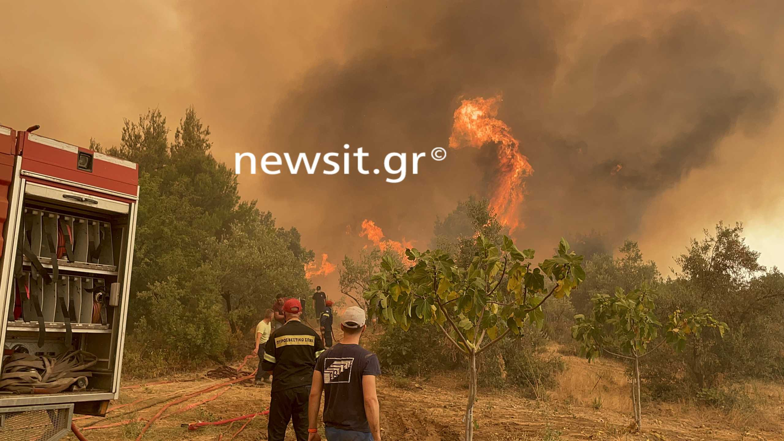 Φωτιά στην Εύβοια: Μεγάλη αναζωπύρωση στη Γαλατσώνα