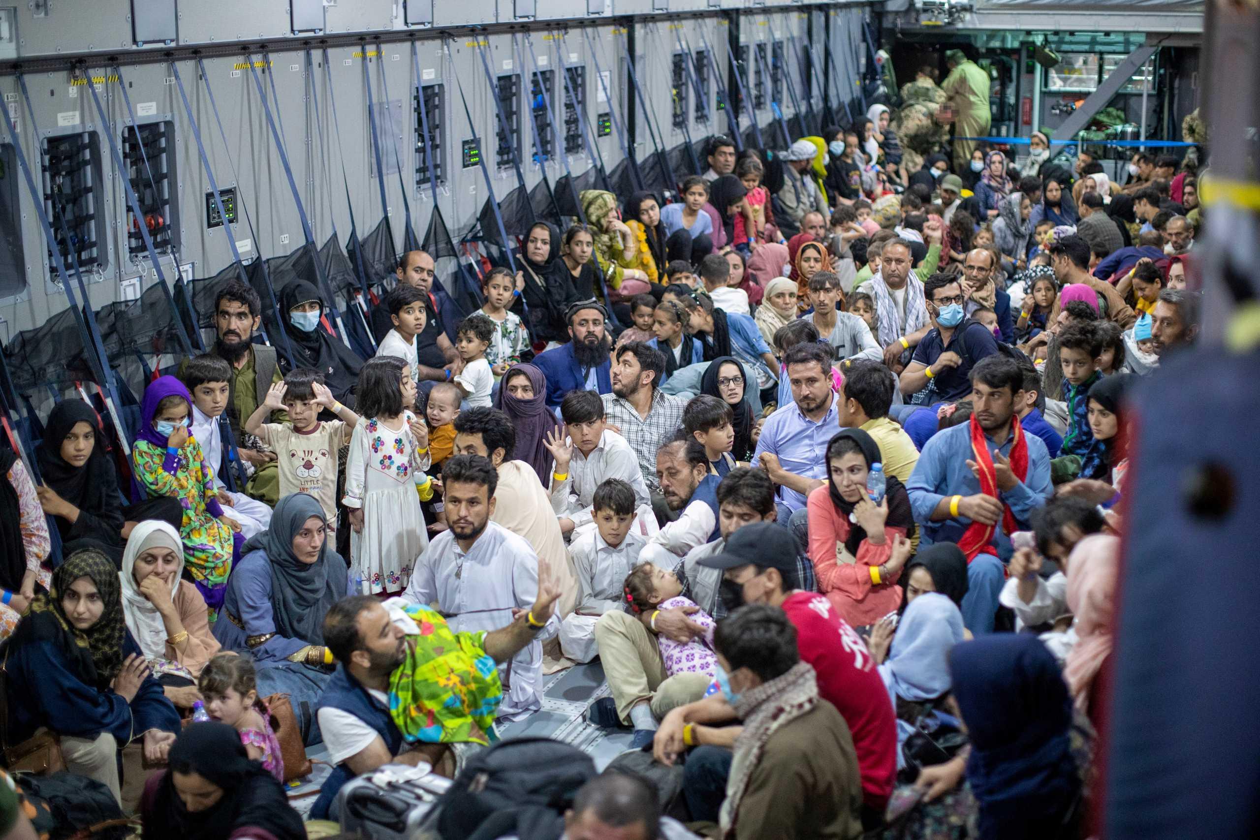 Αφγανιστάν: Η Ευρώπη έχει υποχρέωση στους πρόσφυγες – ΟΗΕ: Η μεγαλύτερη κρίση τώρα αρχίζει