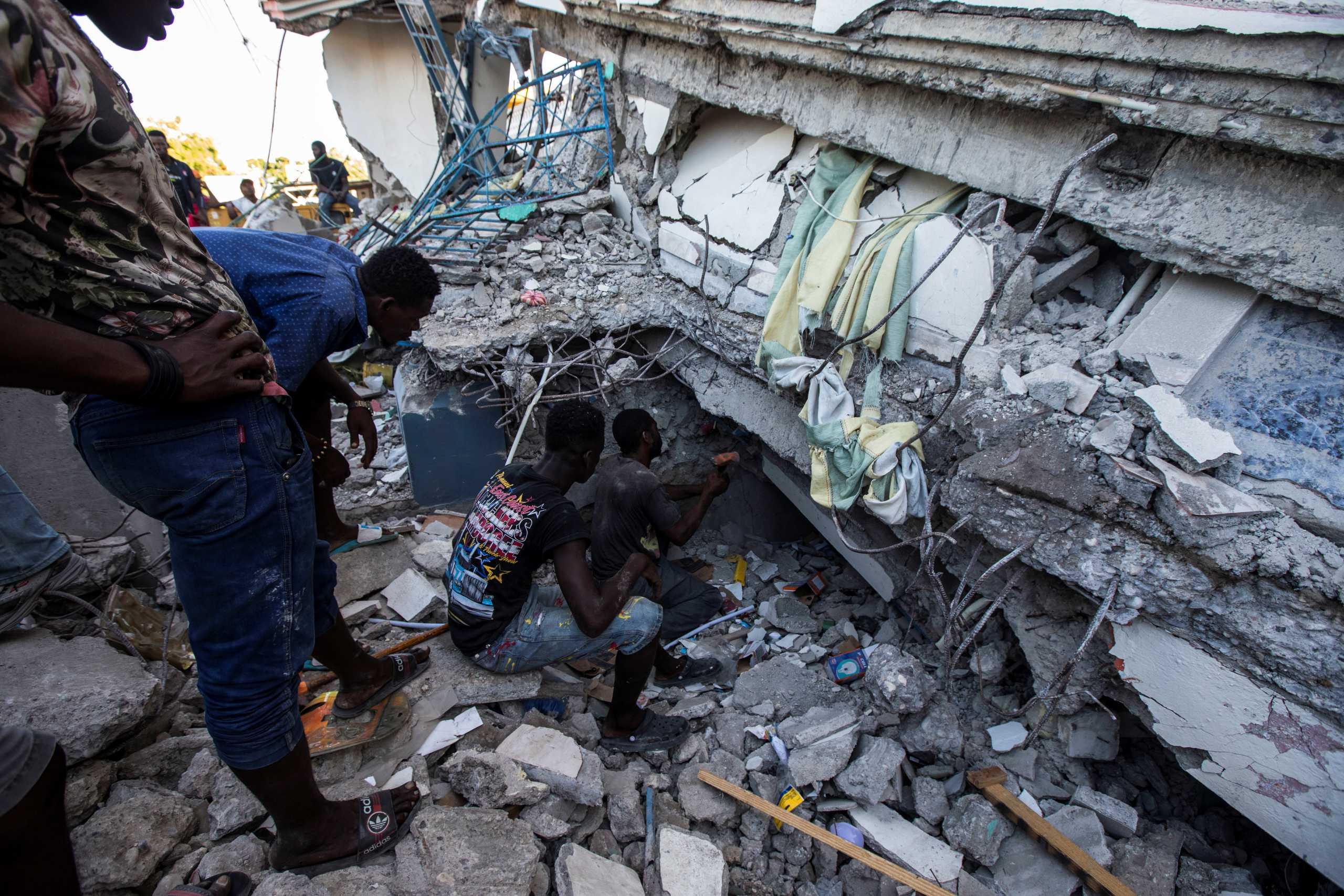 Σεισμός στην Αϊτή: Στους 724 οι νεκροί