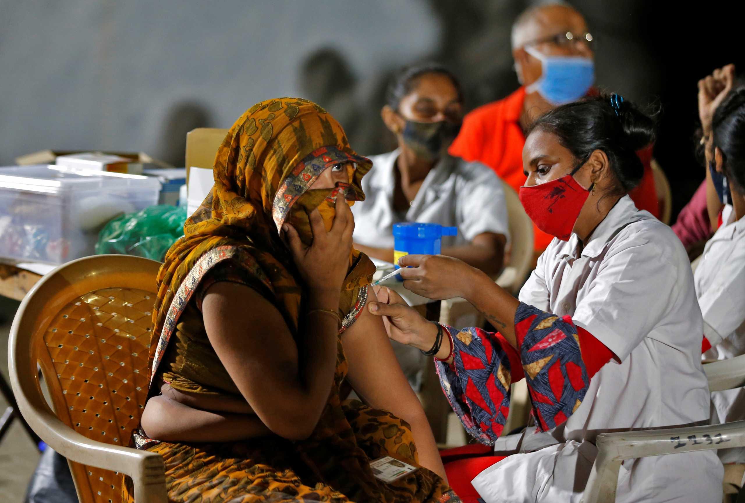 Ινδία: 25.166 κρούσματα κορονοϊού το τελευταίο 24ωρο