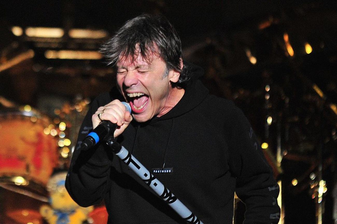 Με κορονοϊό ο Μπρους Ντίκινσον των Iron Maiden