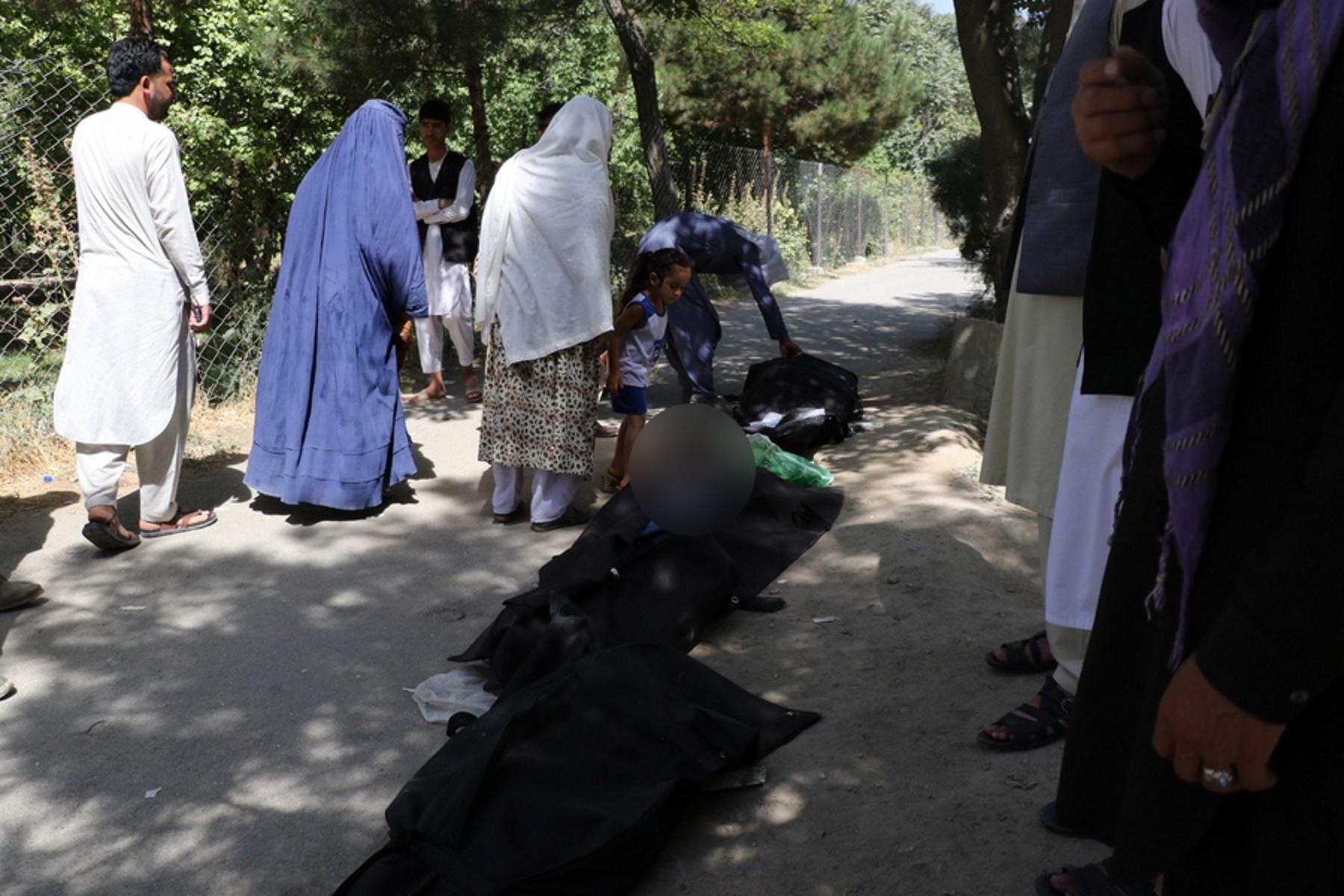Αφγανιστάν: Πάνω από 180 νεκροί από την τρομοκρατική επίθεση στο αεροδρόμιο της Καμπούλ
