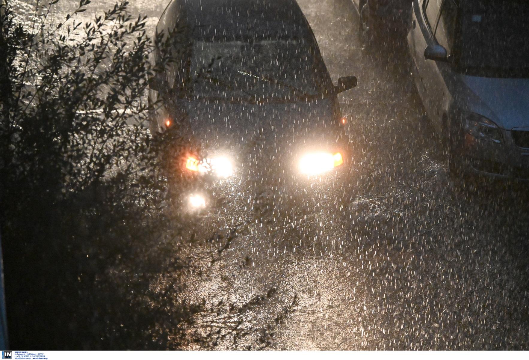 Καιρός – Ο Κλέαρχος Μαρουσάκης προειδοποιεί για ισχυρή κακοκαιρία και κίνδυνο για πλημμύρες