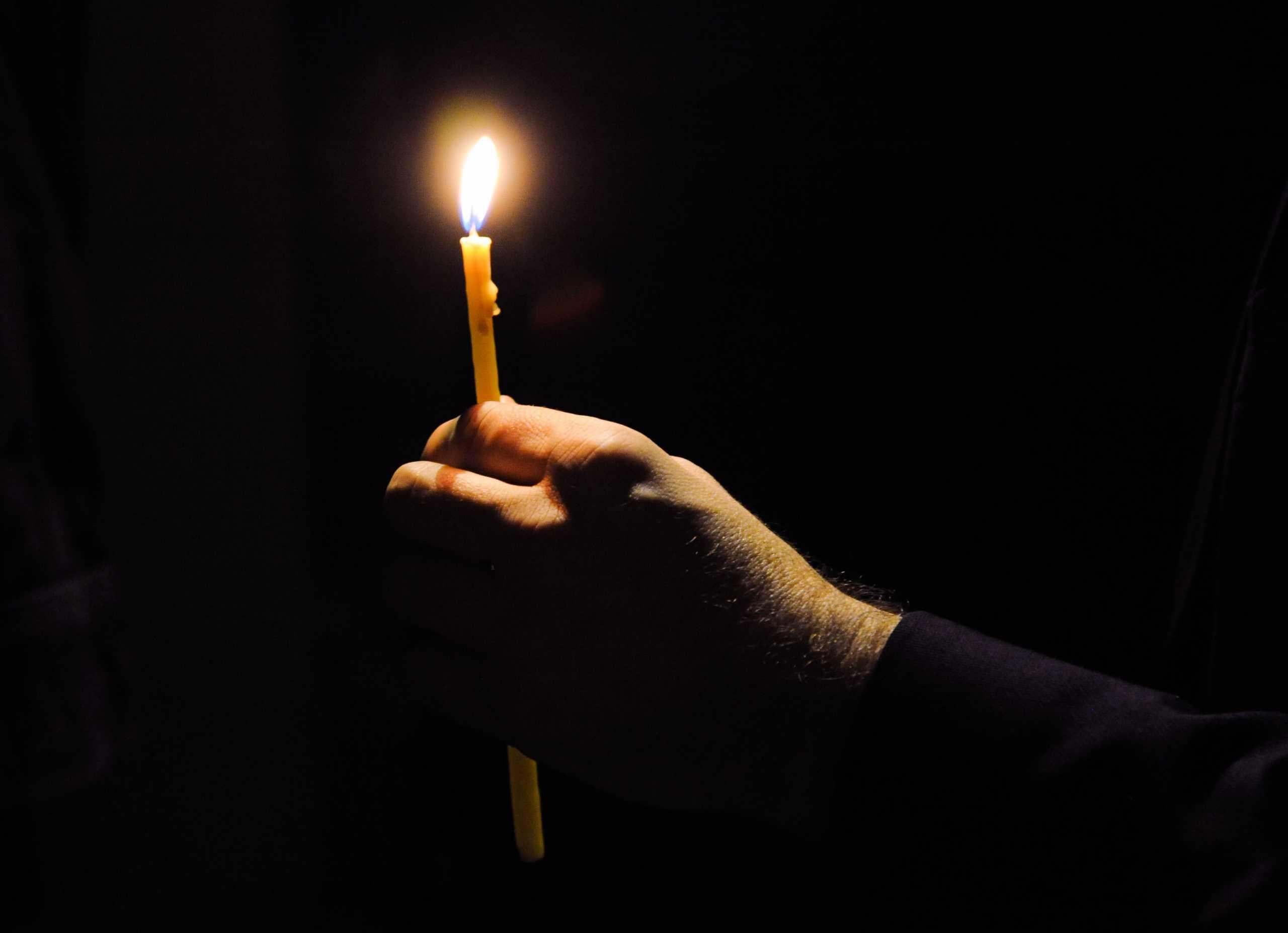 Πτολεμαΐδα: Αναστάτωση από την επίθεση ιερέα σε ΑμΕΑ