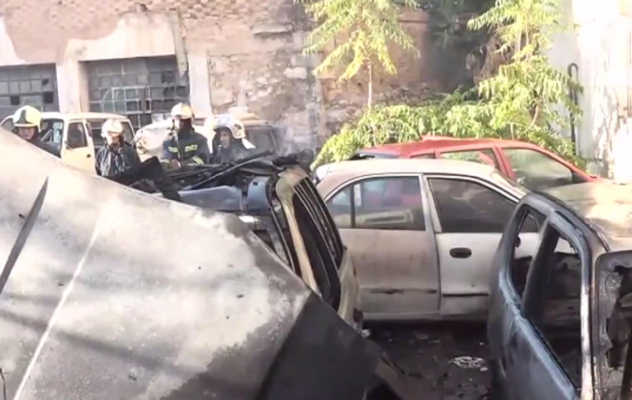 Κυψέλη: Φωτιά σε ανοικτό χώρο – Κάηκαν 4 αυτοκίνητα